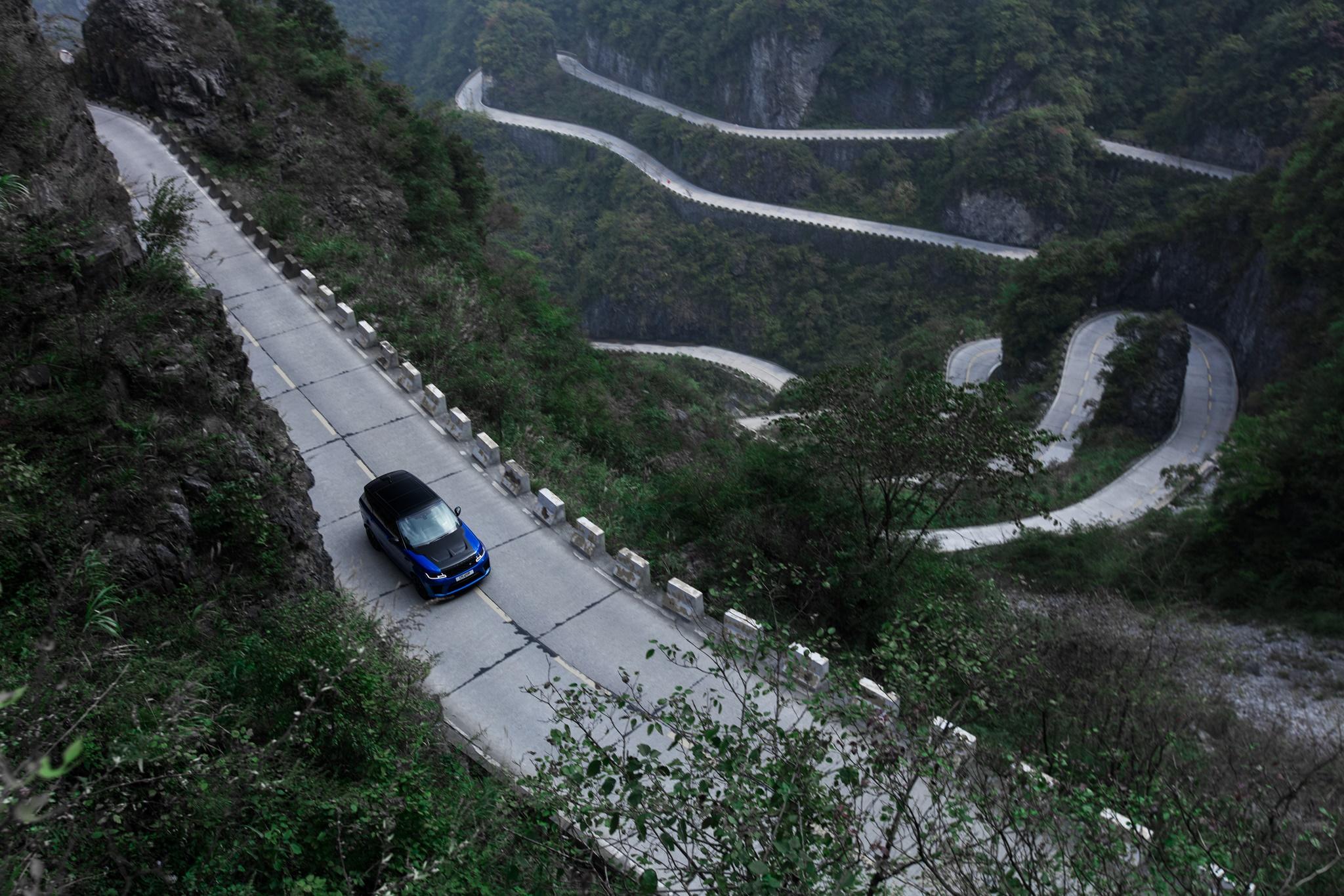 Range_Rover_Sport_SVR_Xe_Tinhte-006.jpg