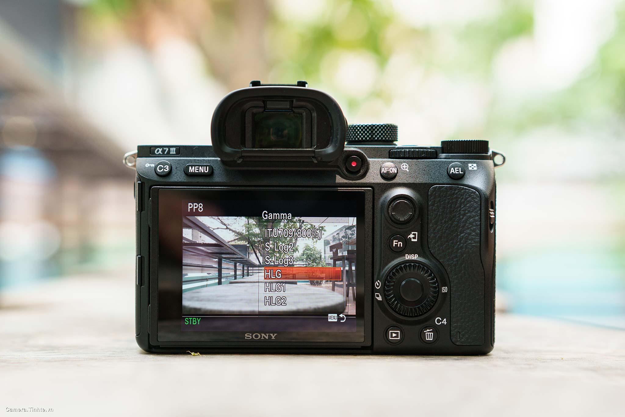 Camera.Tinhte.vn_Sony-A7-III_DSC06244.jpg