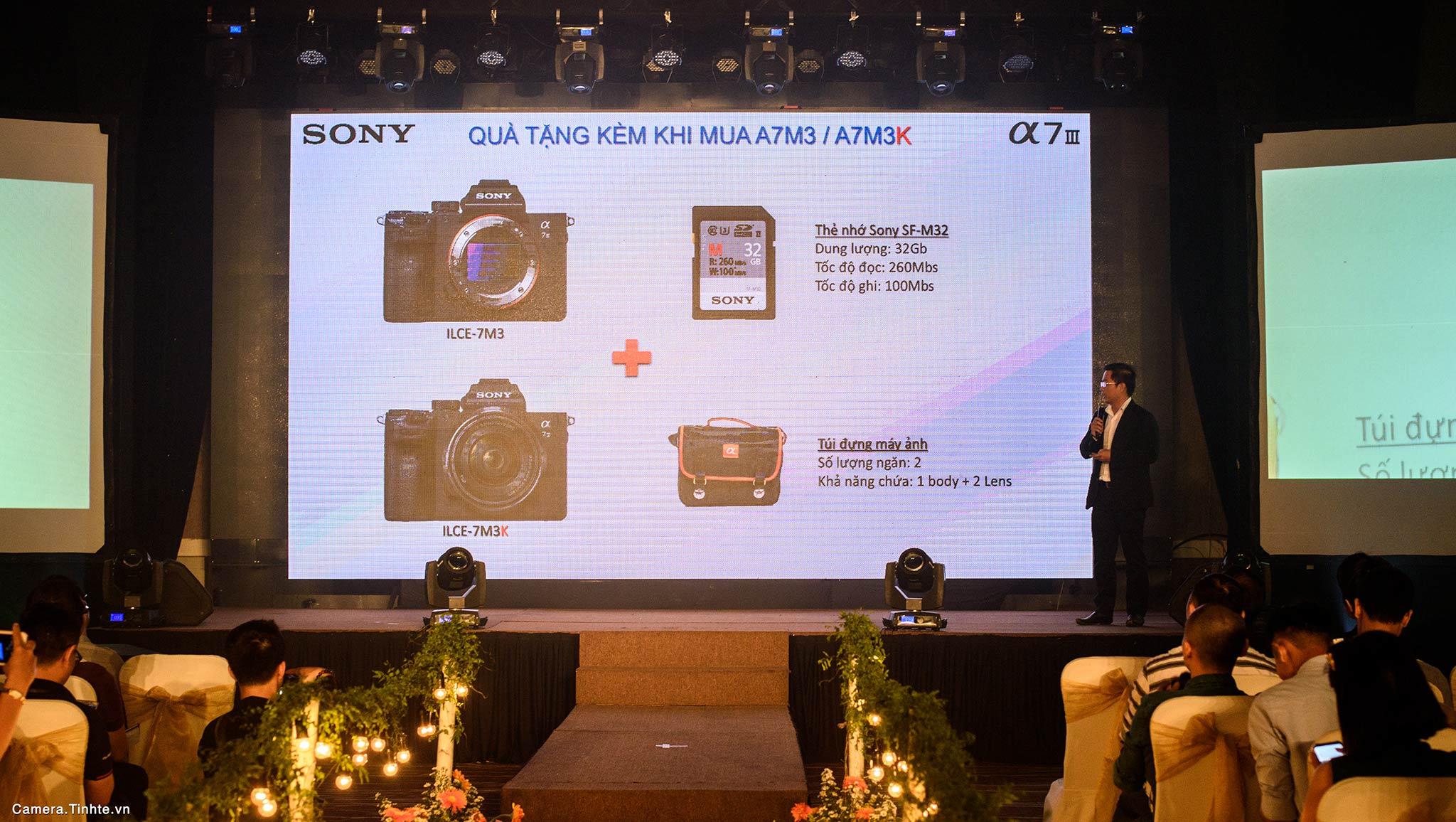 Camera.Tinhte.vn_Sony-ra-mat-A7-III_DSC_1654.jpg