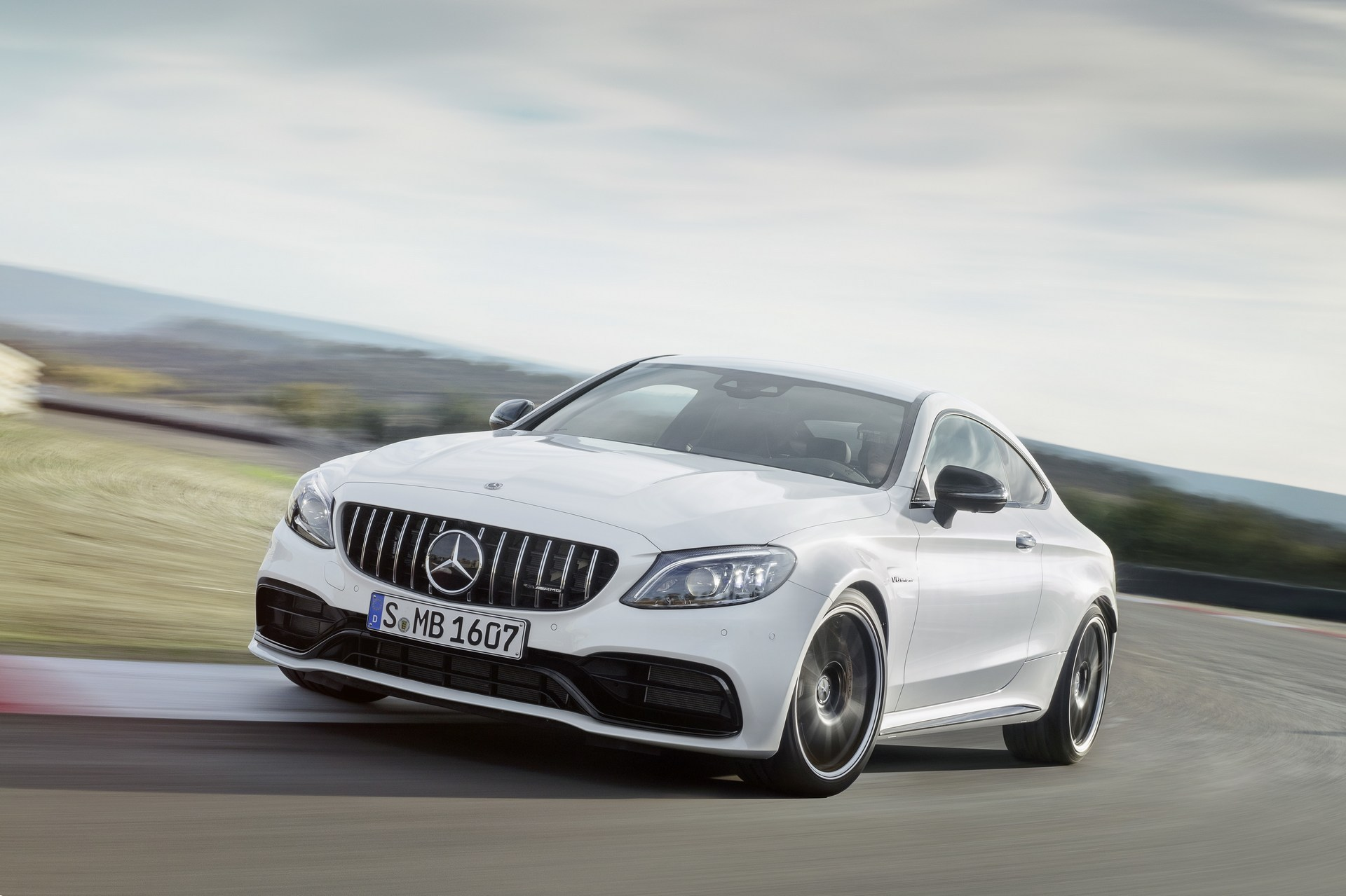 Mercedes-AMG-C63-Coupe-9.jpg