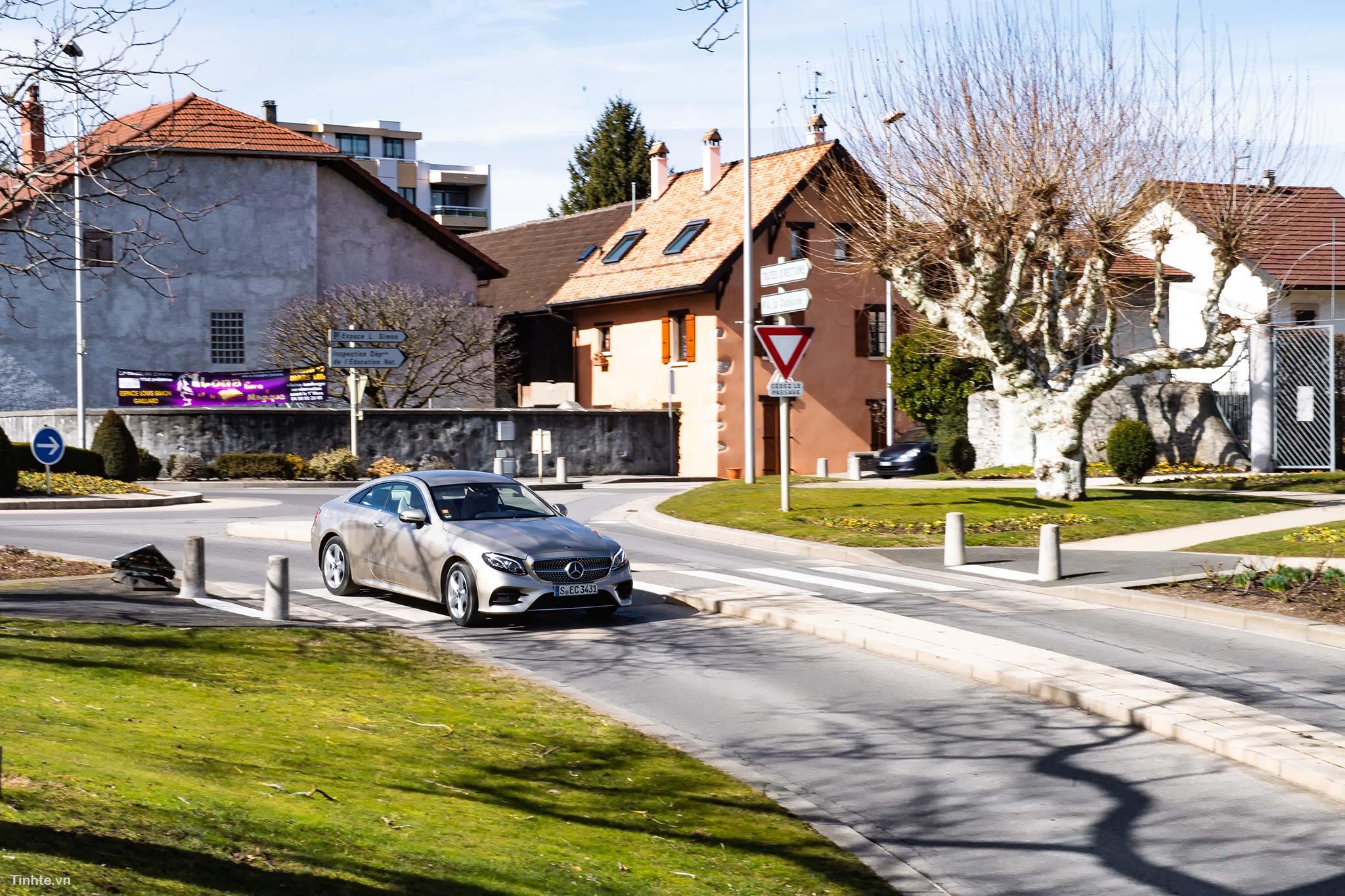 tinhte-Mercedes-Benz-E-300-Coupe-3.jpg