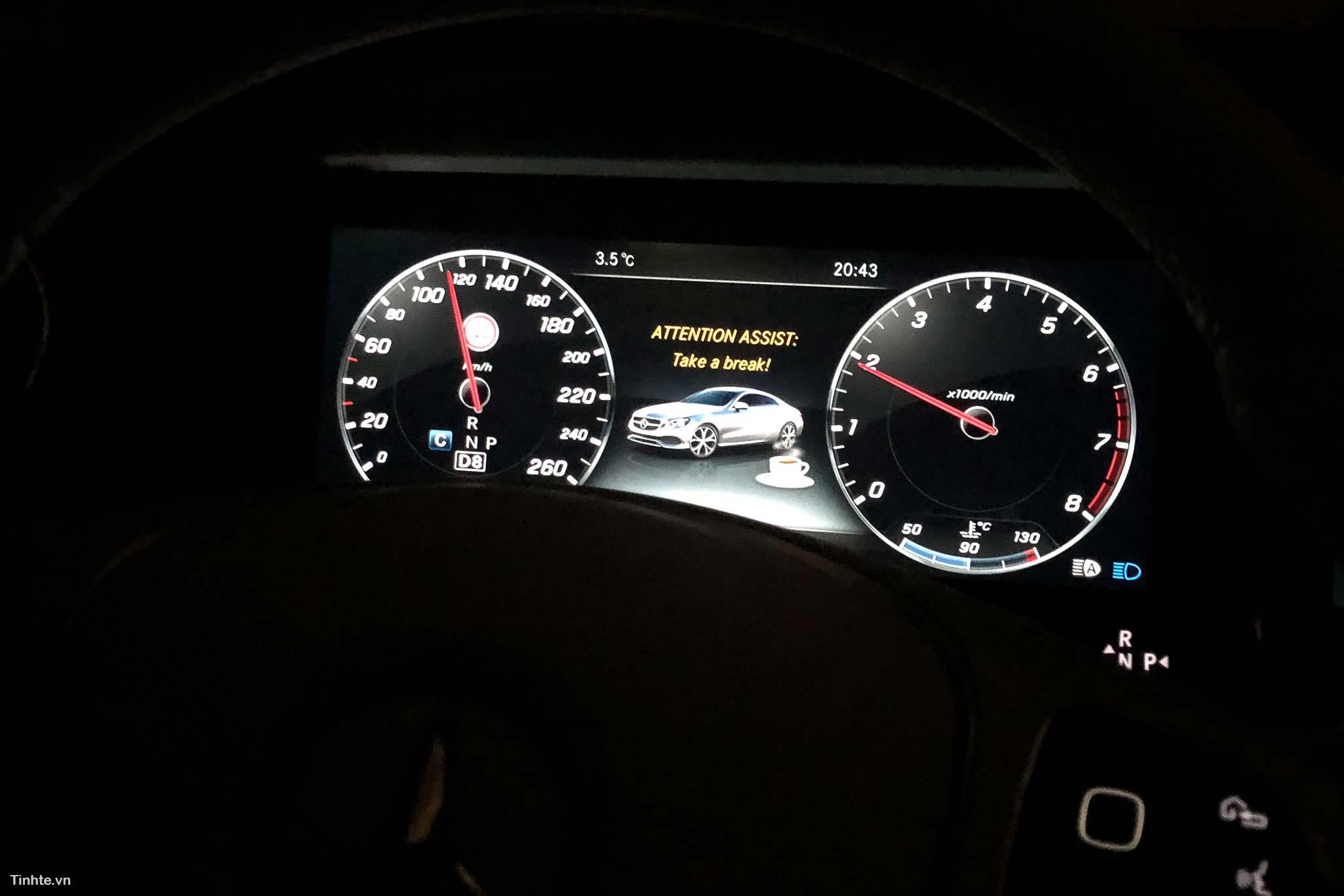 tinhte-Mercedes-Benz-E-300-Coupe-28.jpg
