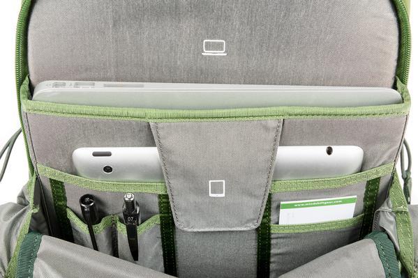 Backlight-18L_0024_Backlight-18L-WG-Laptop-Tablet-Organizer-214-email_grande.jpg
