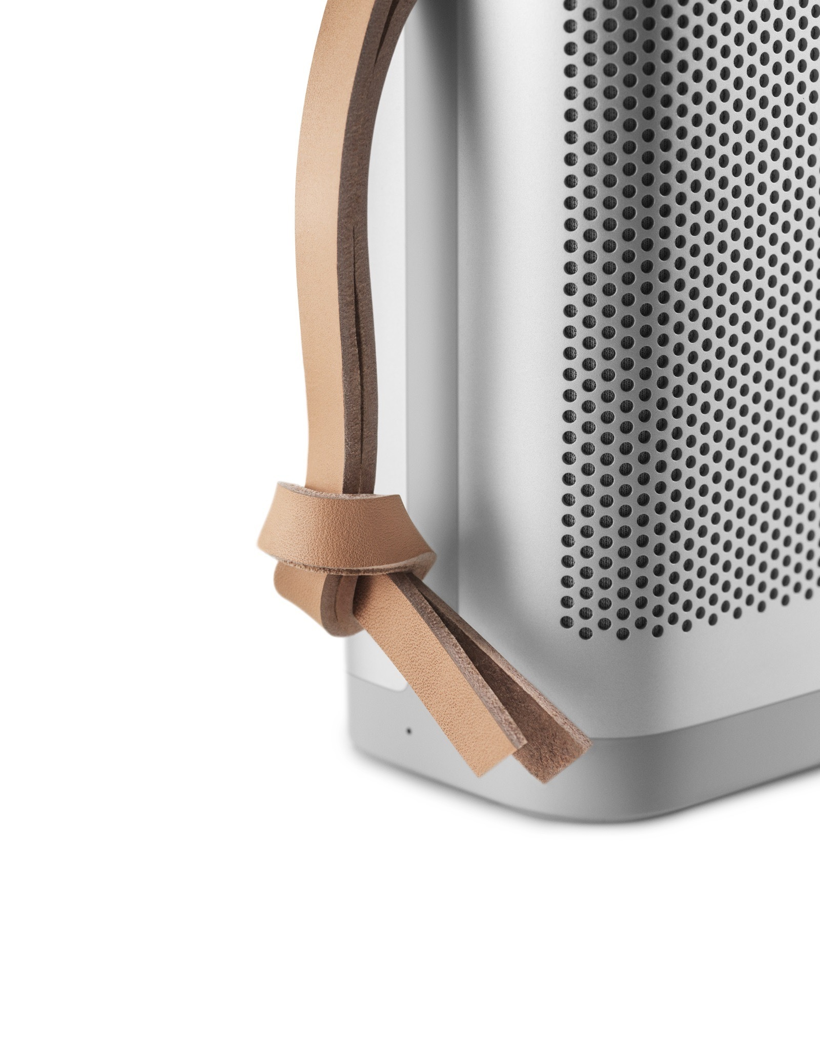 beoplay-p6-natural-40599881055-o-1.jpg
