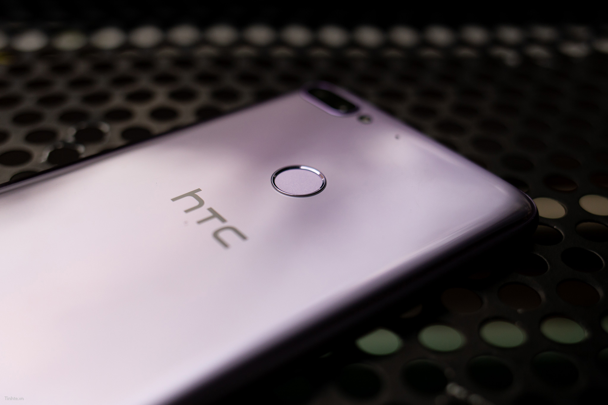 Tinhte.vn_HTC_Desire_12+-6.jpg