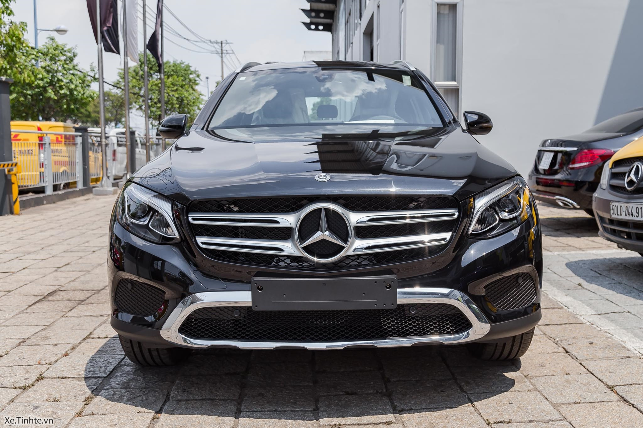Mercedes_Benz_GLC_Class_2018_Xe_Tinhte-IMG_0750.jpg