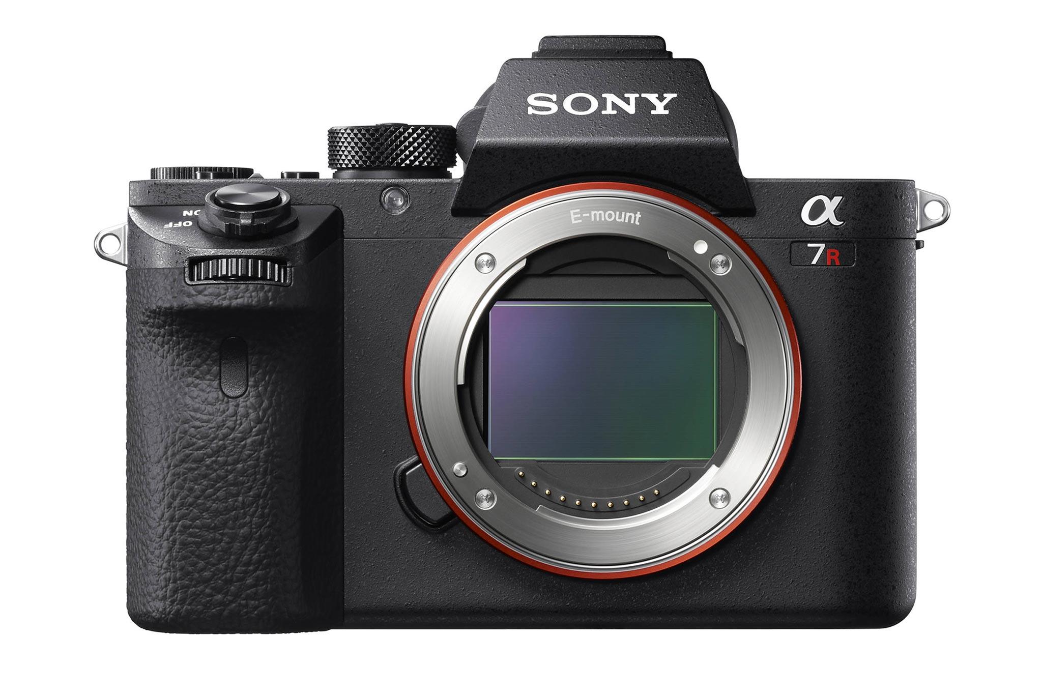 Sony_A7R_II_top_tinhte.jpg