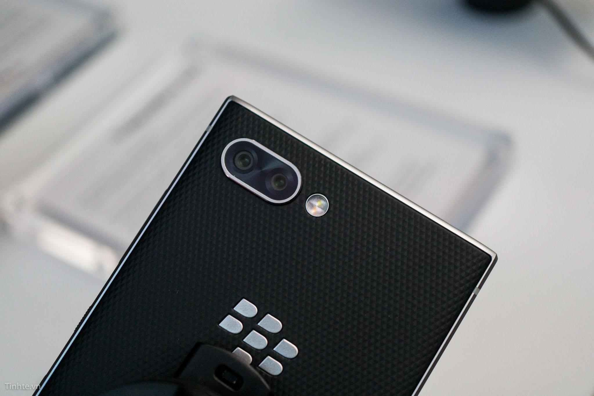 tinhte_blackberry_key2-5.jpg