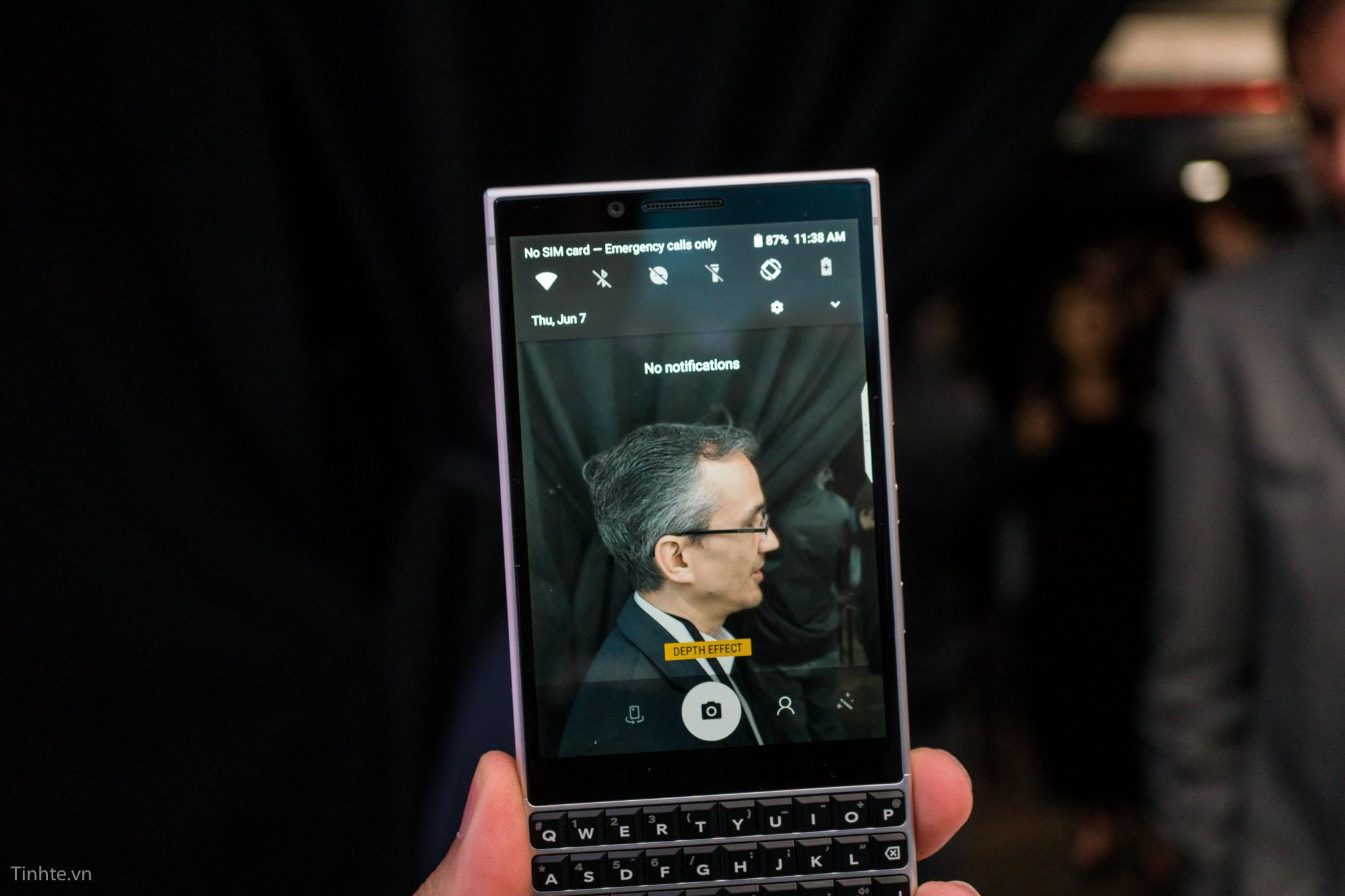 tinhte_blackberry_key2-8.jpg