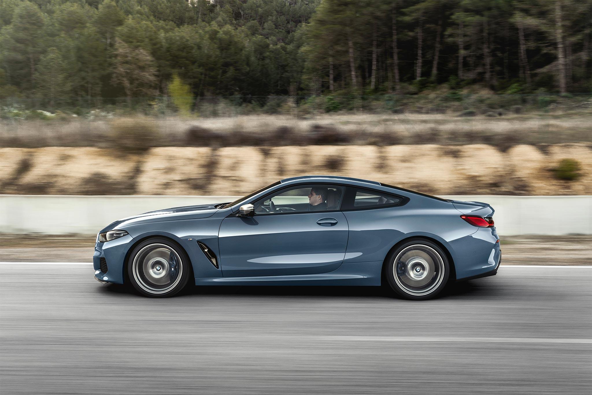 _ngang_BMW_8-series.jpg