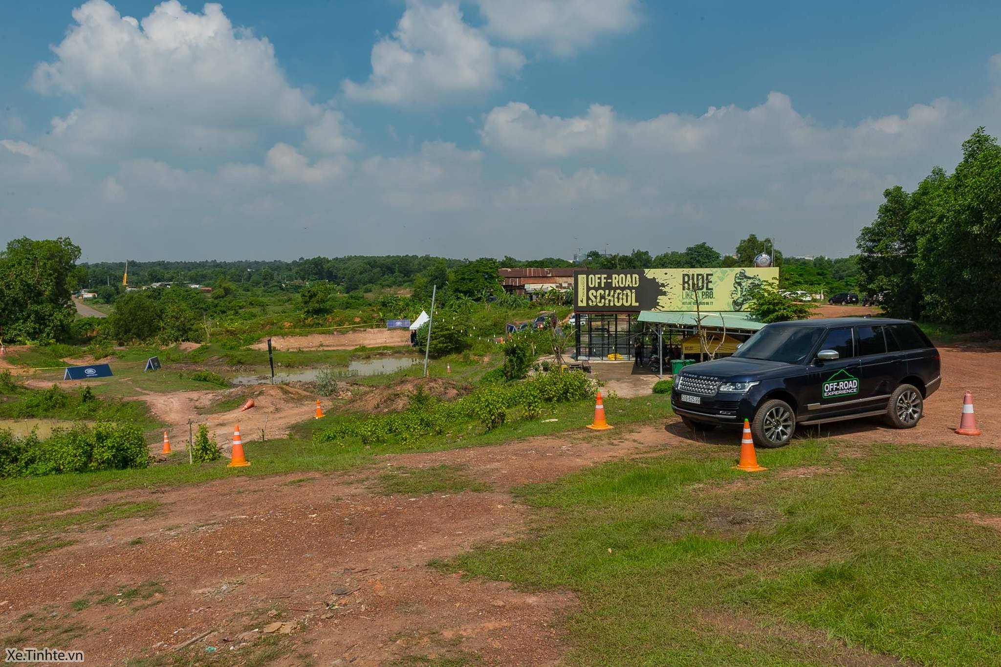 Land_Rover_Off-road_Experience _2018_Xe_Tinhte-002.jpg