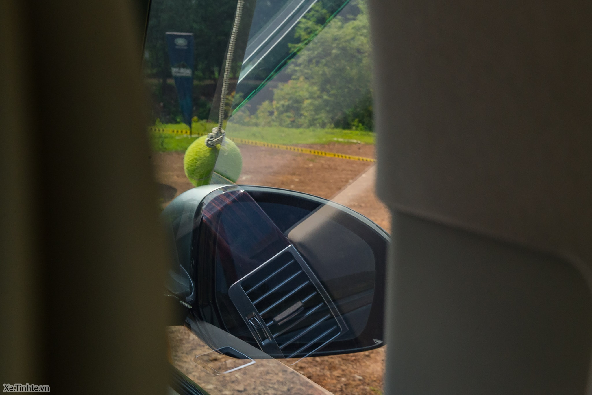 Land_Rover_Off-road_Experience _2018_Xe_Tinhte-005.jpg