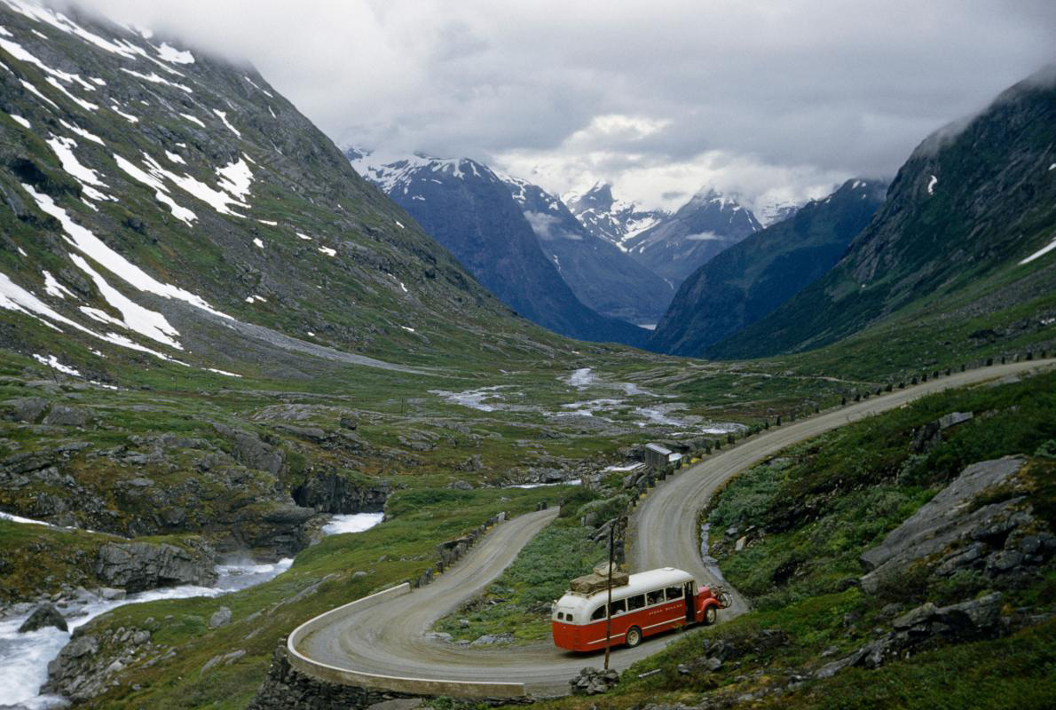 21-bus-scenery-norway.adapt.1190.1.jpg