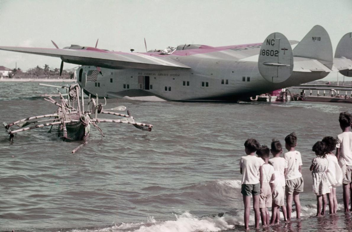 31-plane-philippines.adapt.1190.1.jpg