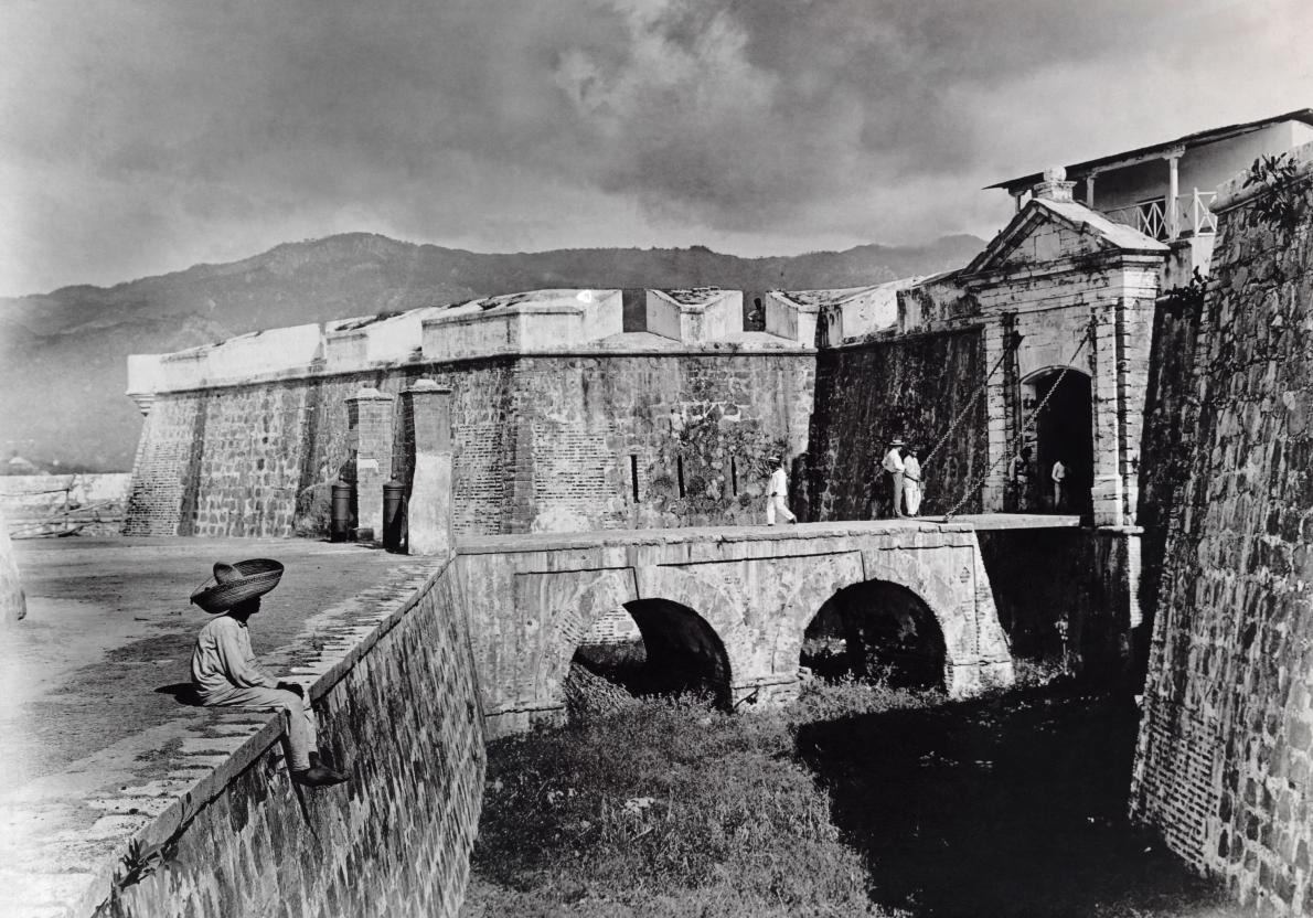44-mexico-stone-fortifications.adapt.1190.1.jpg