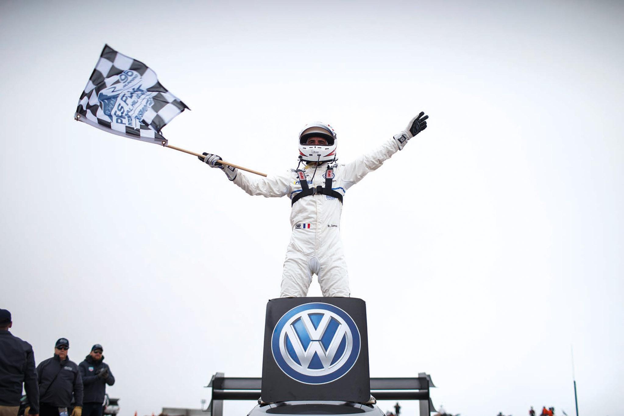 VW Pikes Peak 01.jpg