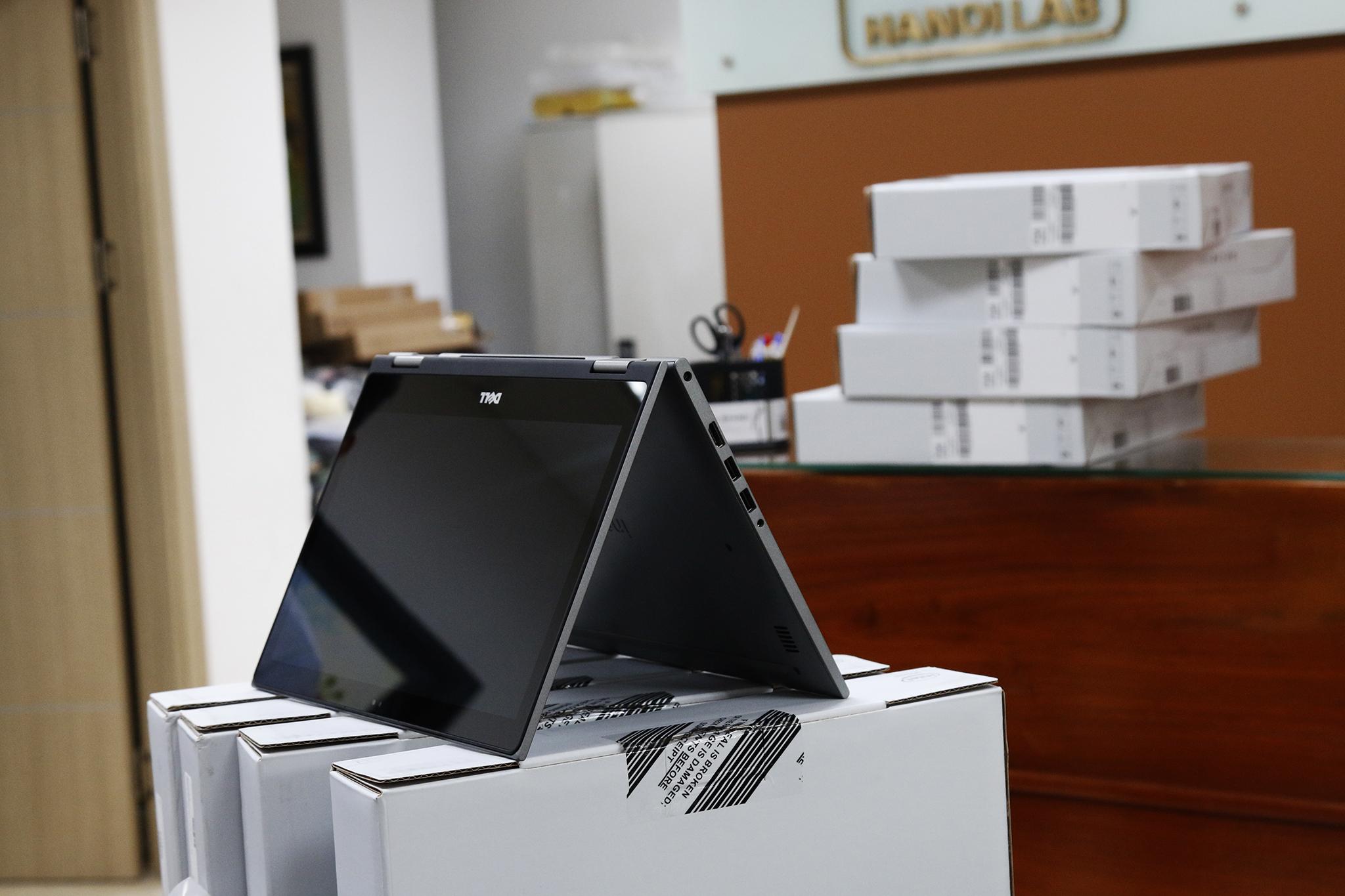 Dell-Inspiron-5379 (3).jpg