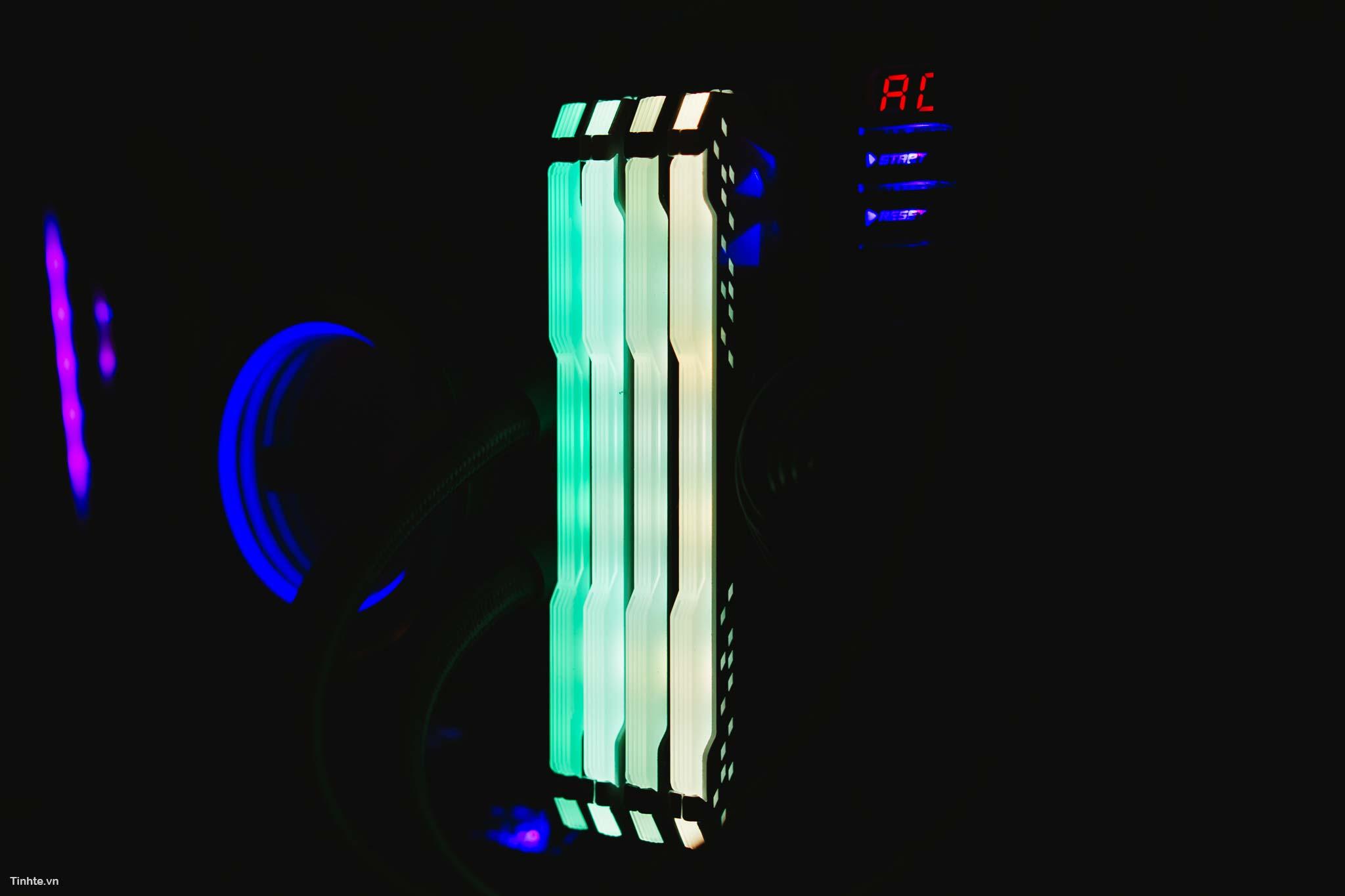 RAM_RGB_y-1.jpg