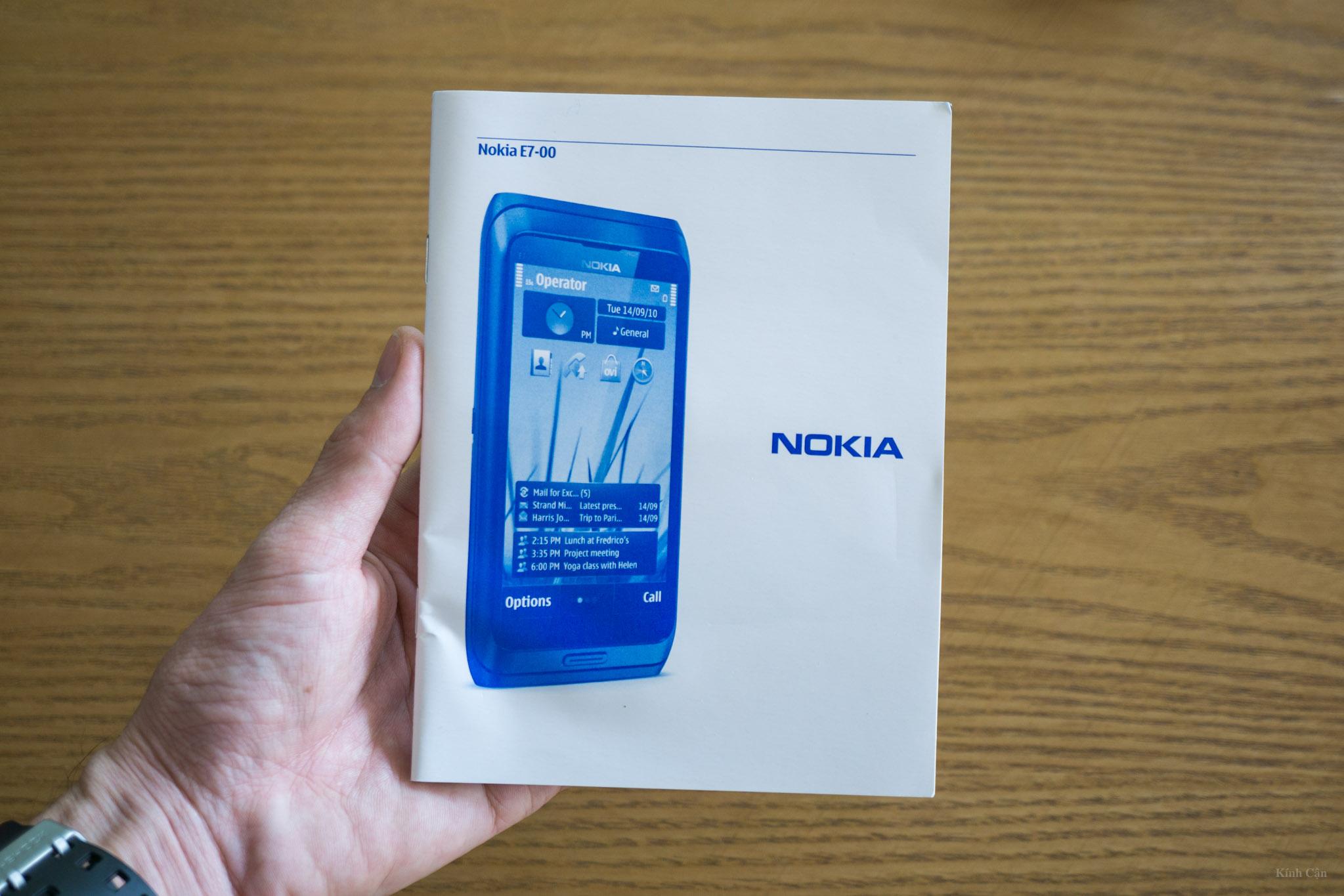 Nokia E7-8.jpg