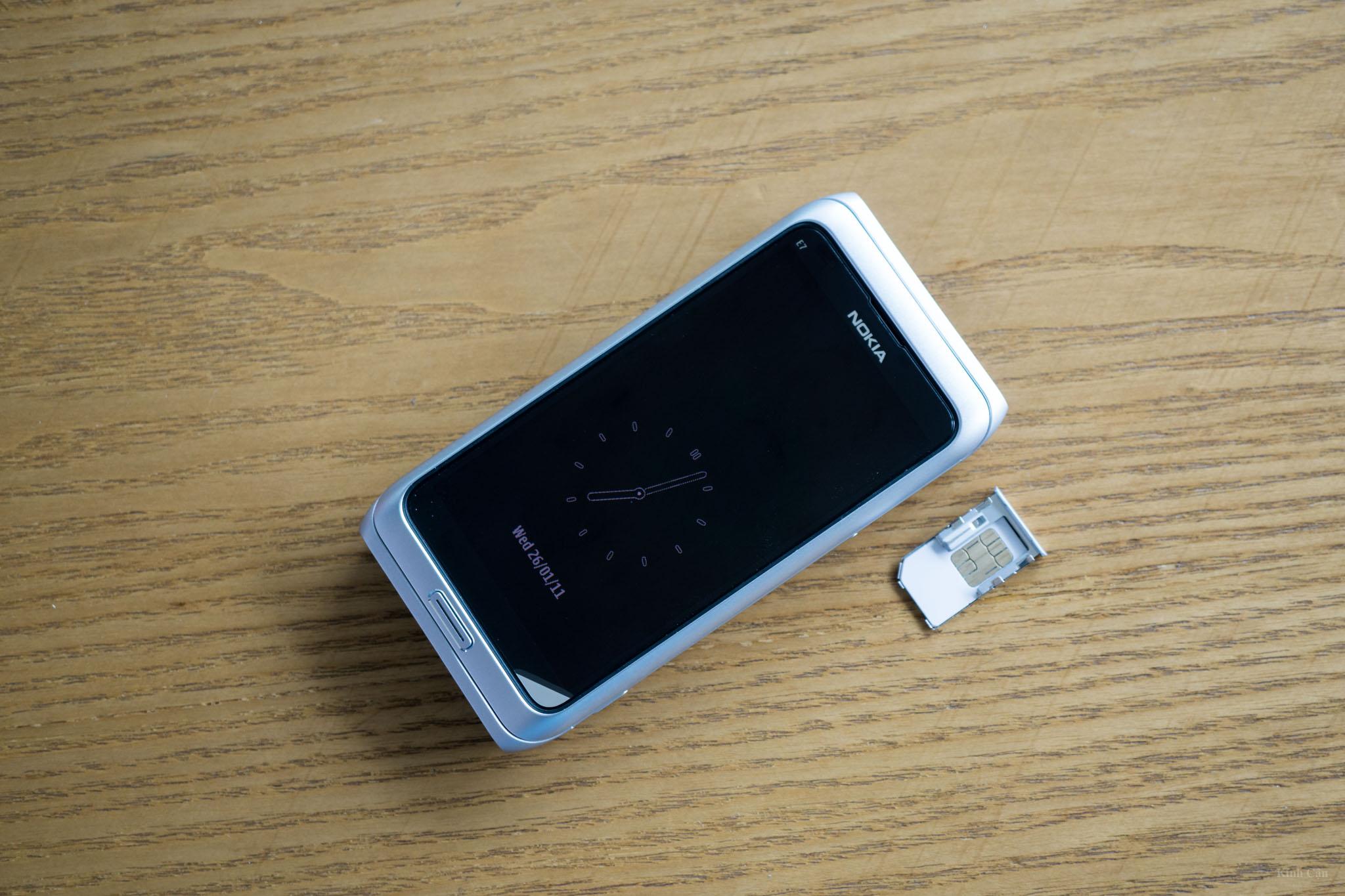 Nokia E7-31.jpg