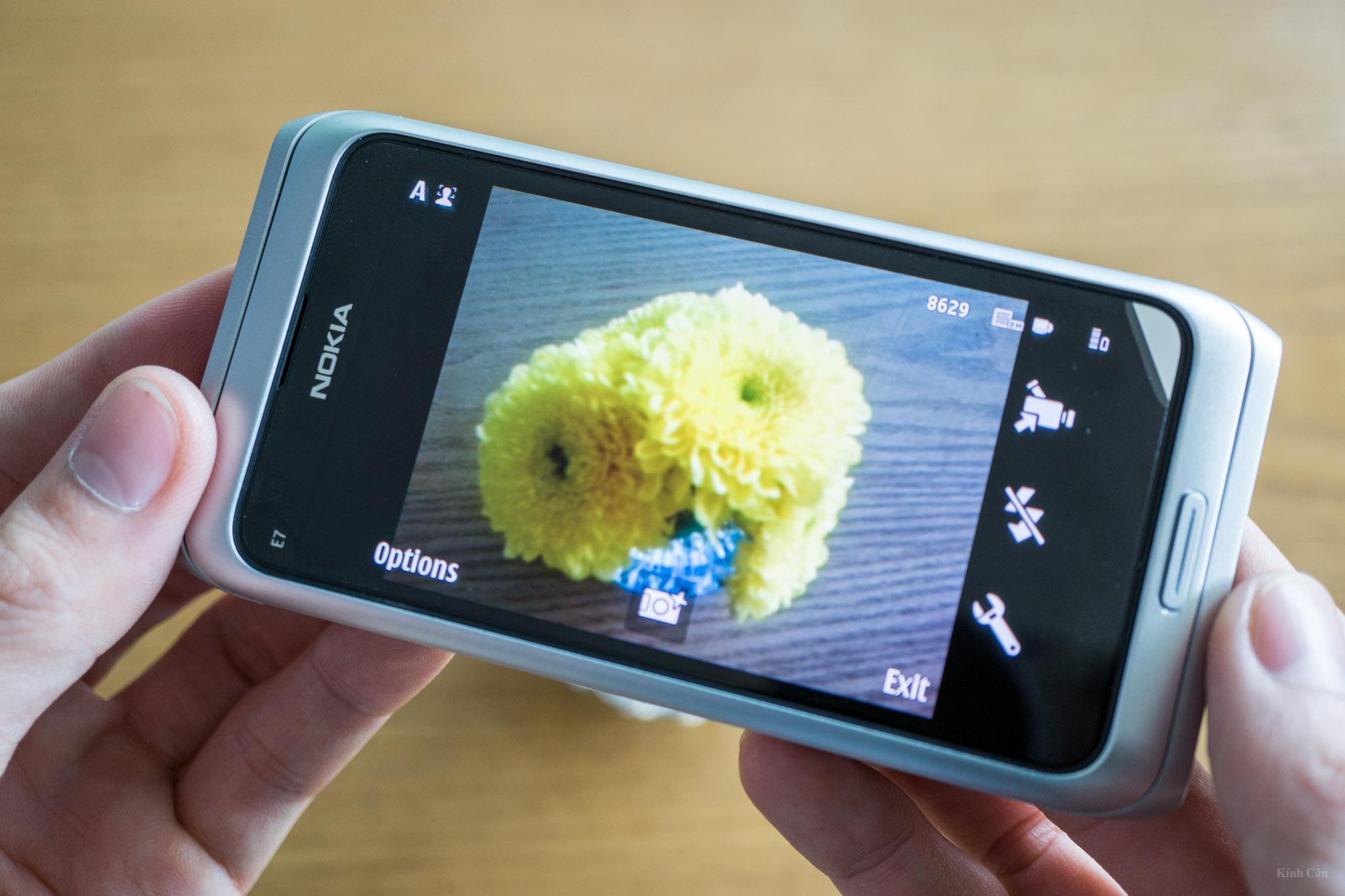 Nokia E7-59.jpg