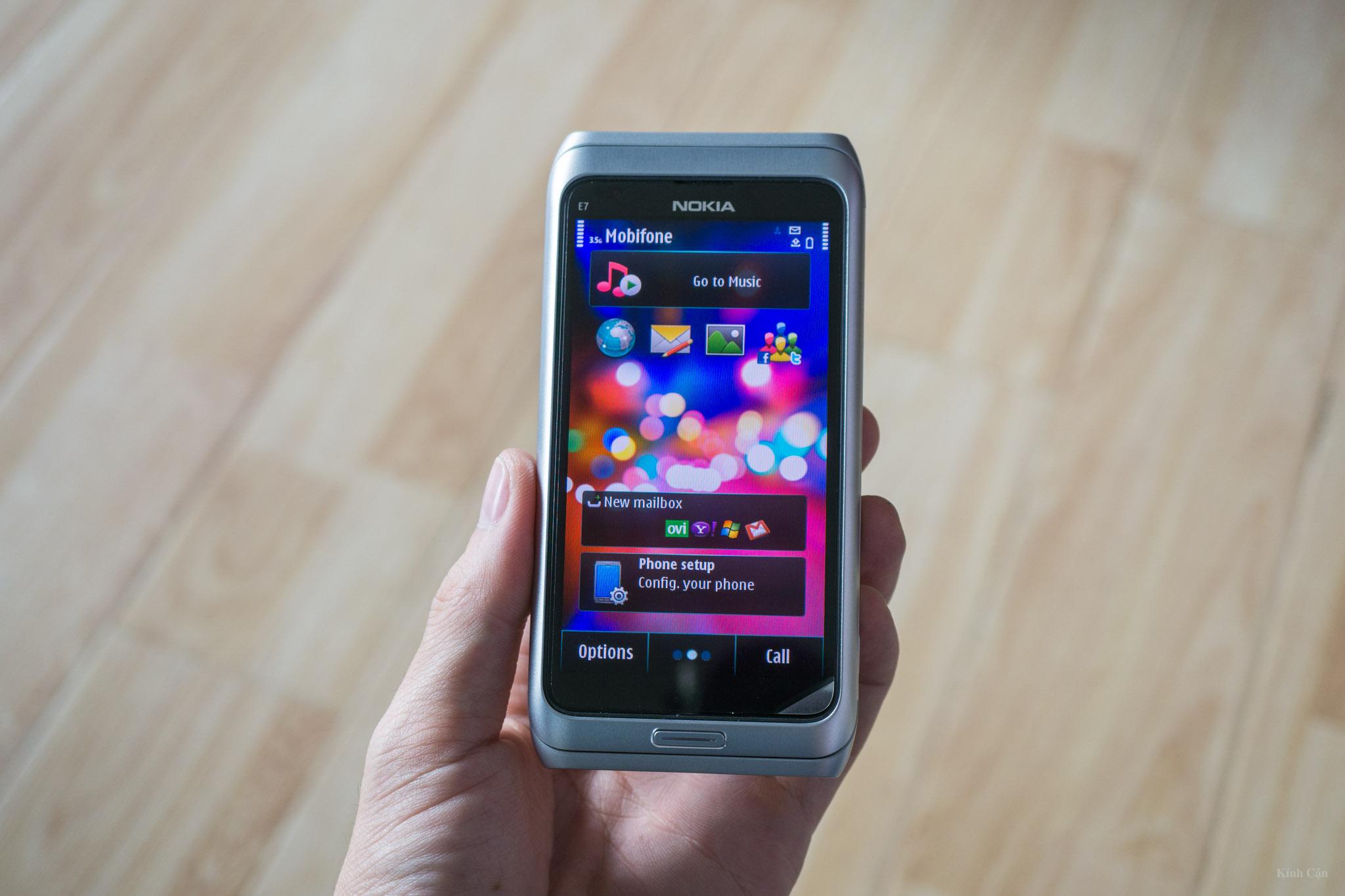 Nokia E7-68.jpg