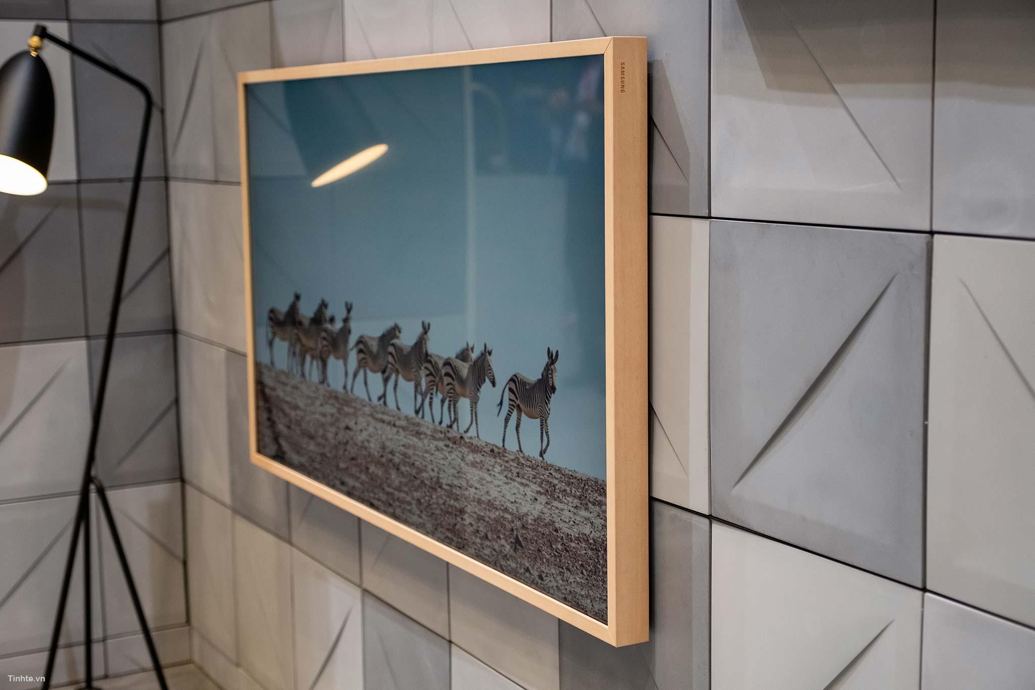 Samsung_The_Frame-10.jpg