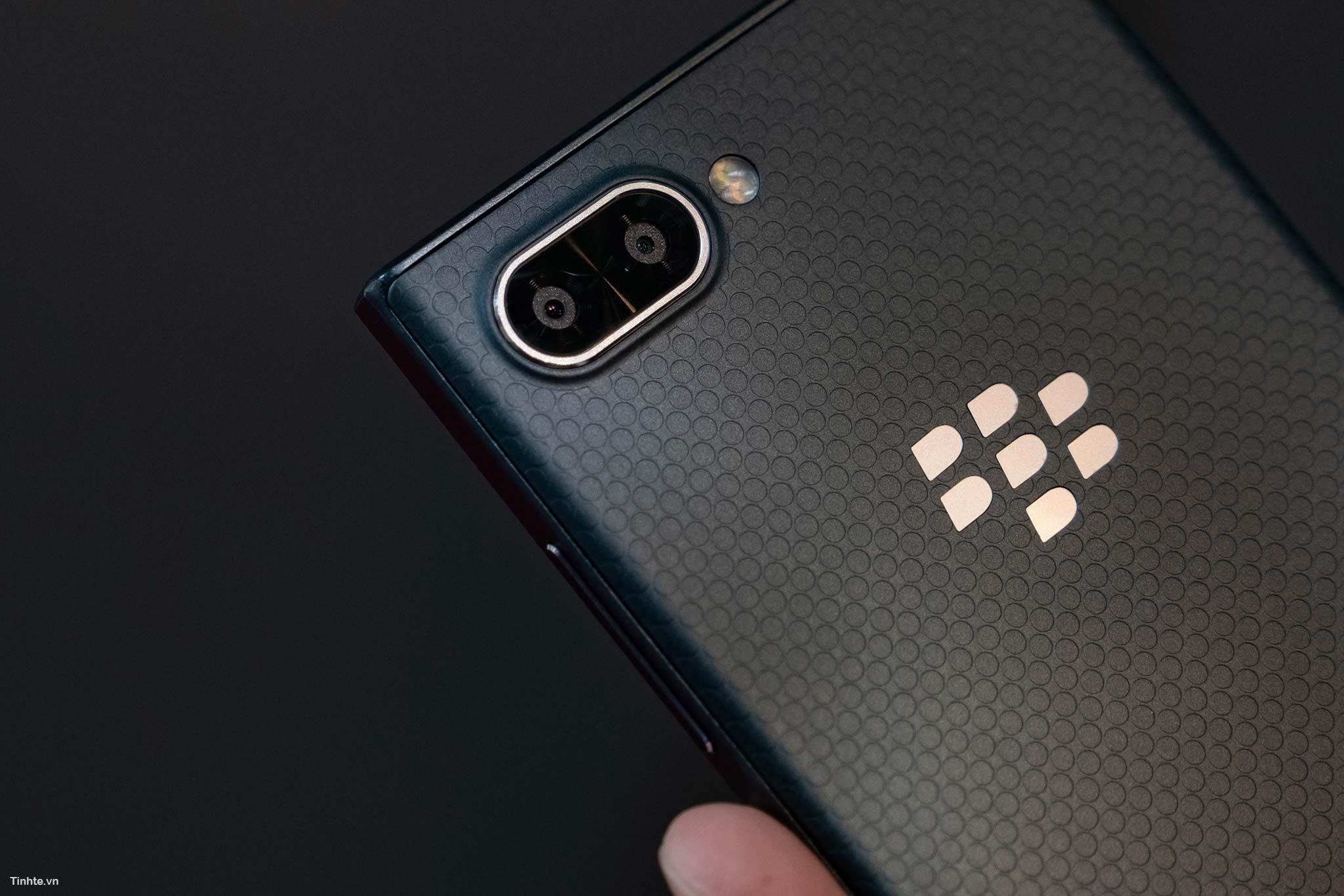 BlackBerry_Key2LTE-4.jpg