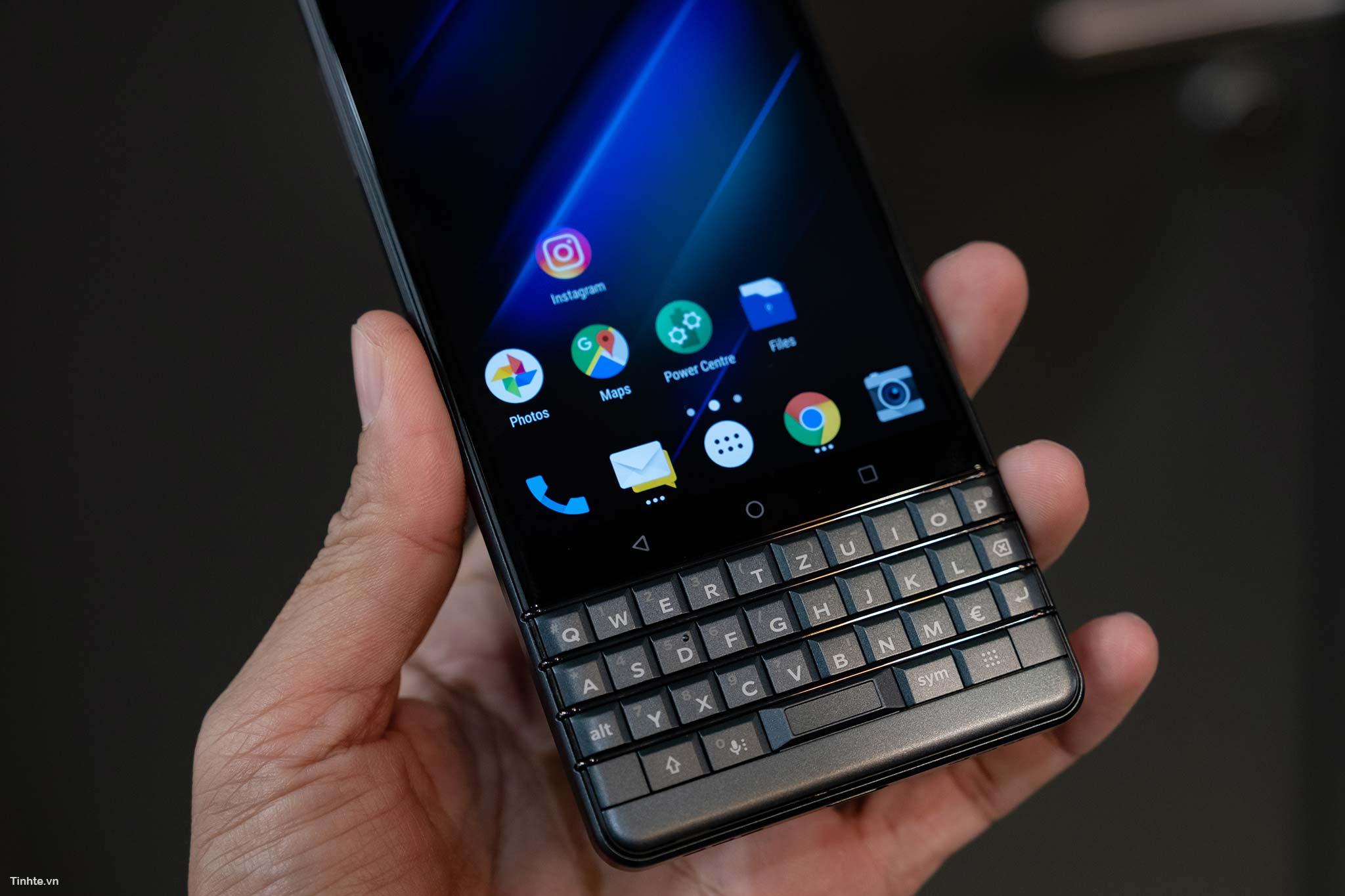 BlackBerry_Key2LTE-8.jpg