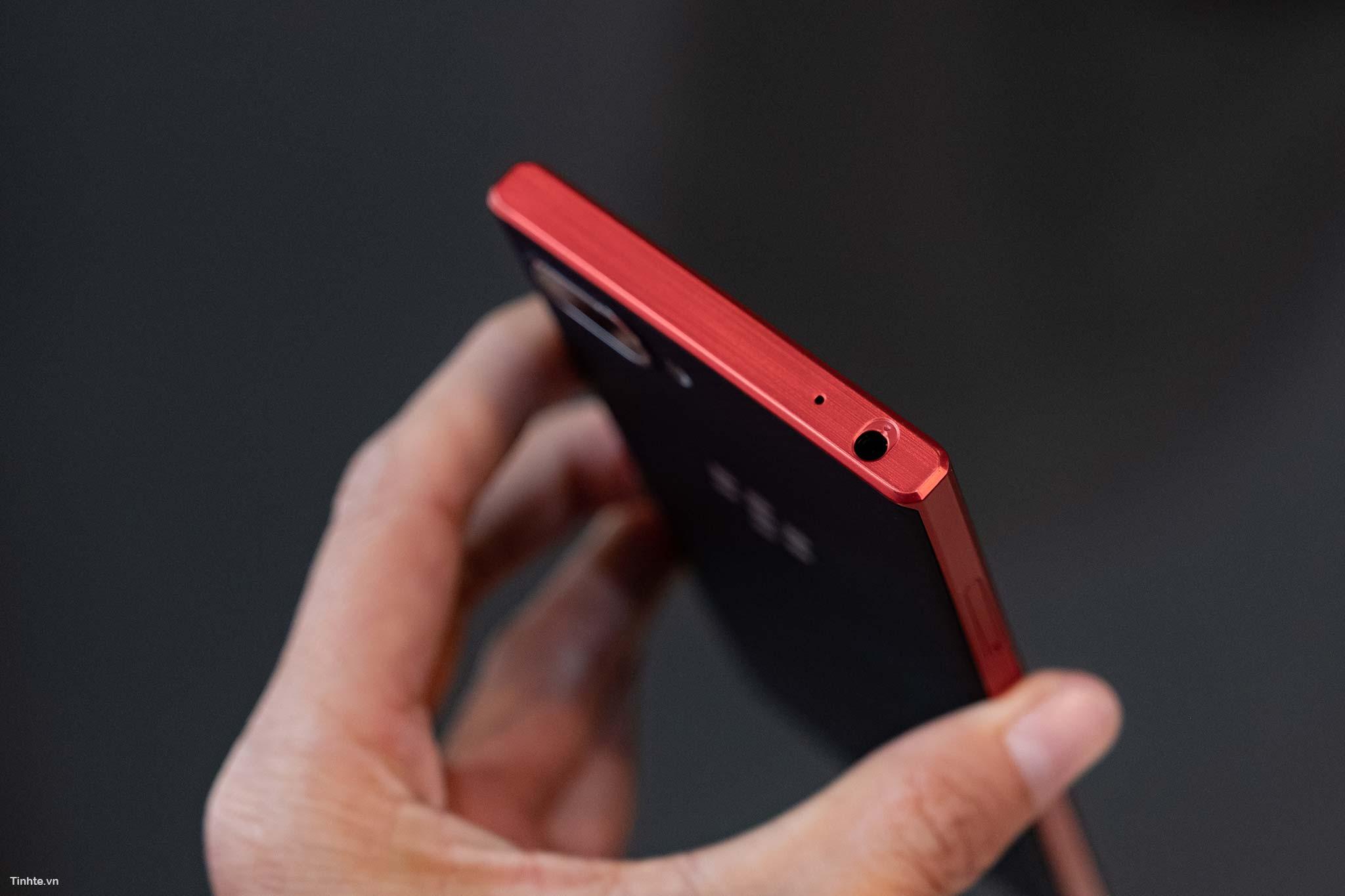 BlackBerry_Key2LTE-21.jpg