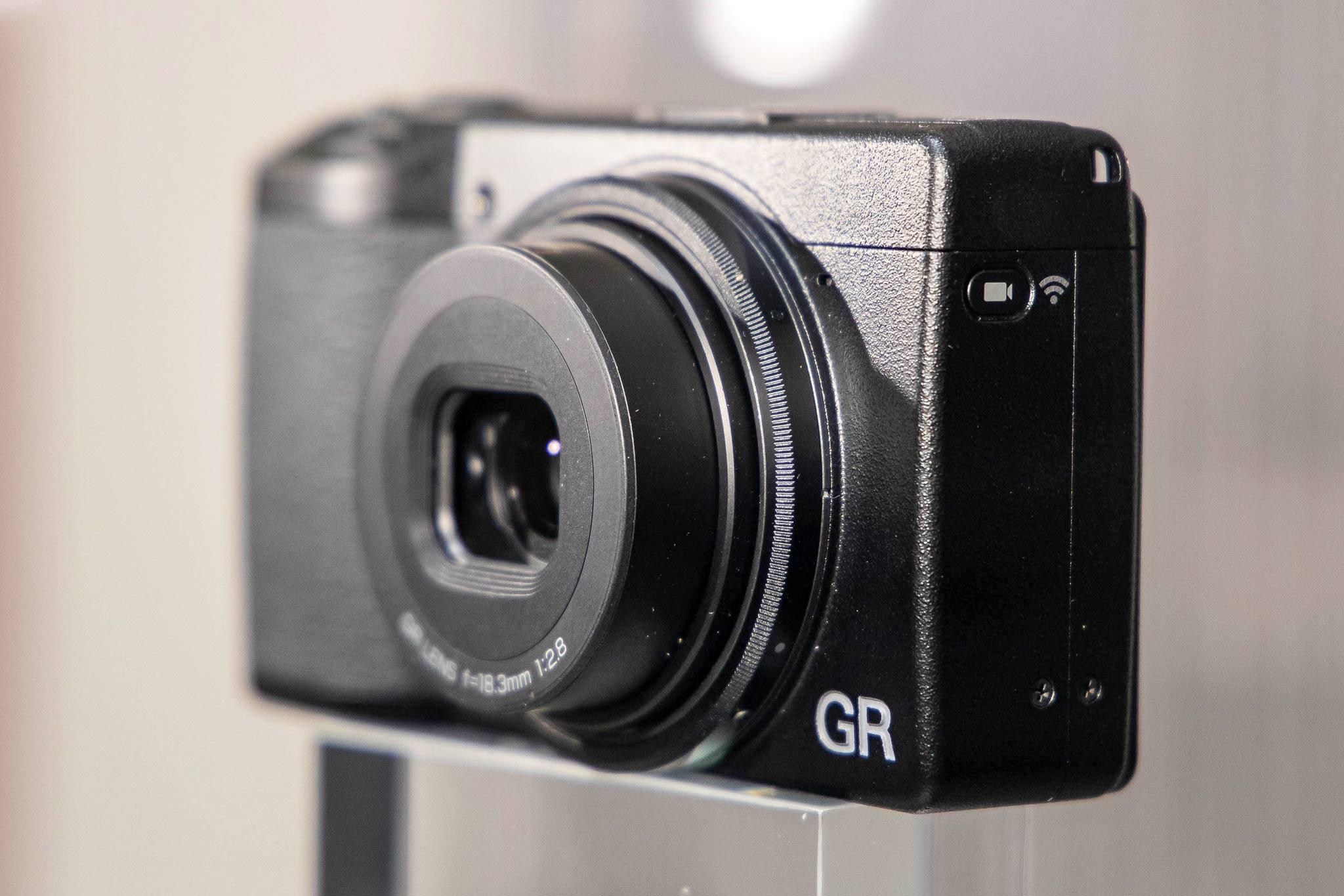 Ricoh-GR-III-5.jpg