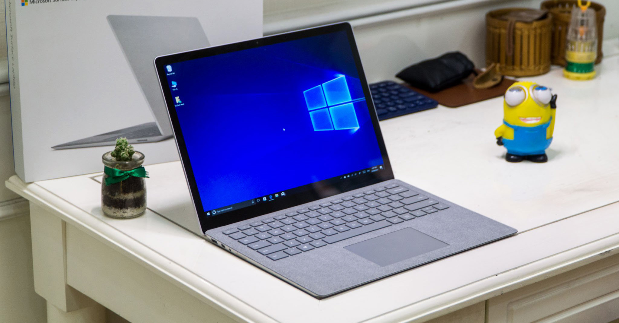 cover_home_surface_pro_laptop_USB-C.jpg