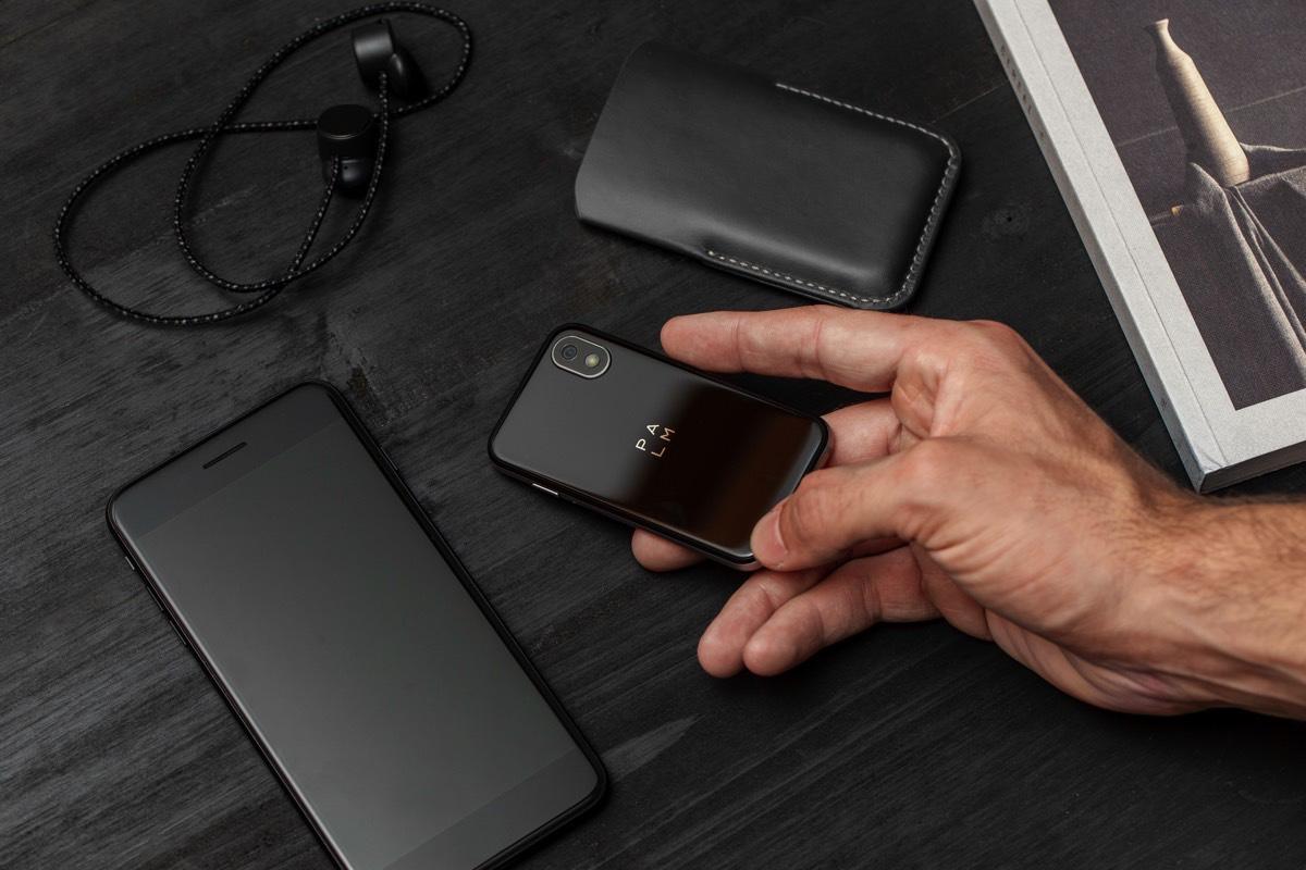 palm-phone-2018-phone-3.jpg