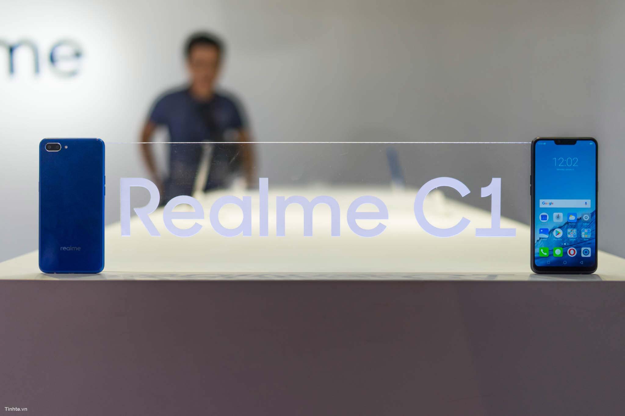 realme-28.jpg