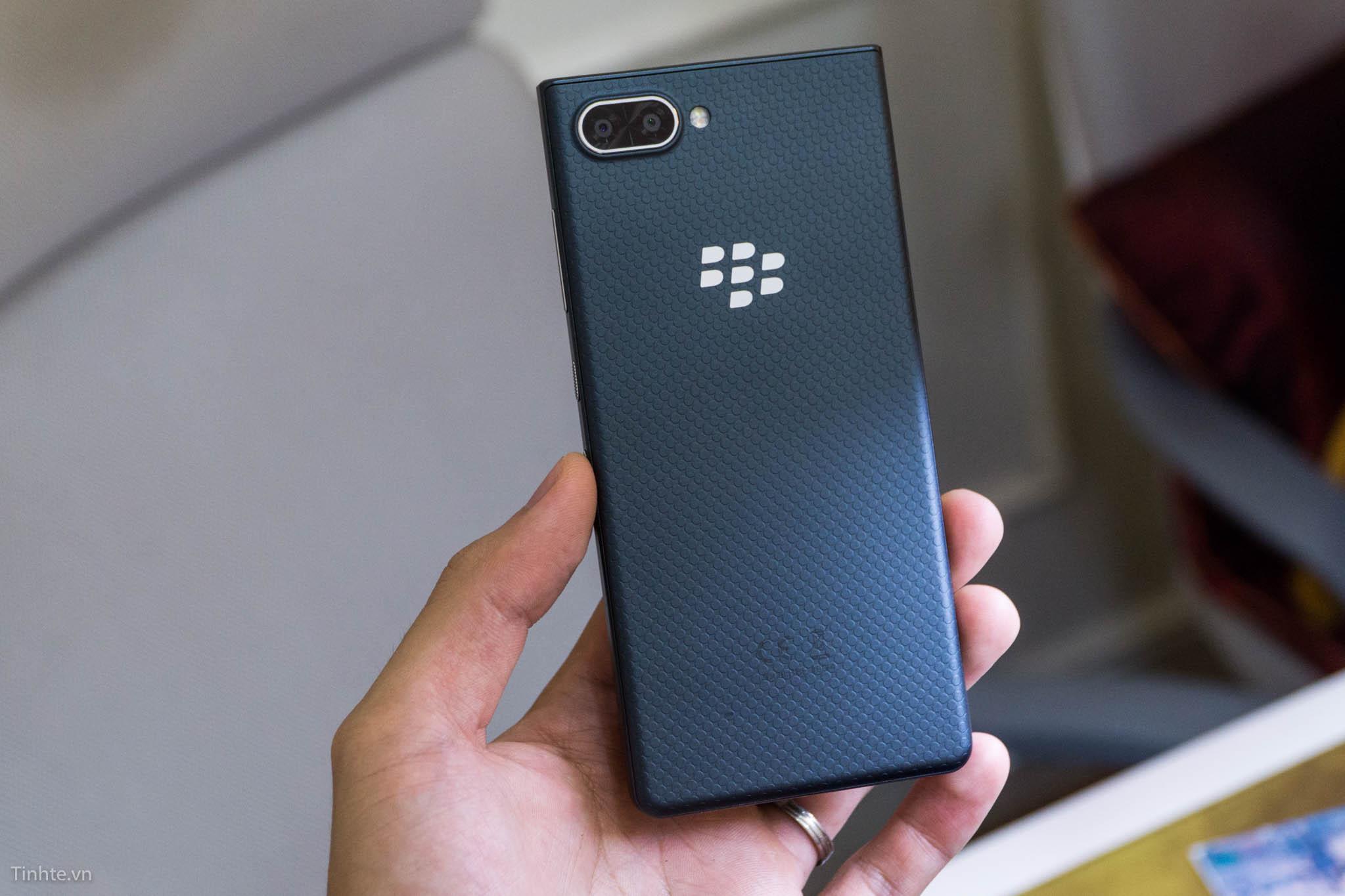 tinhte_blackberry_key2_le-6.jpg