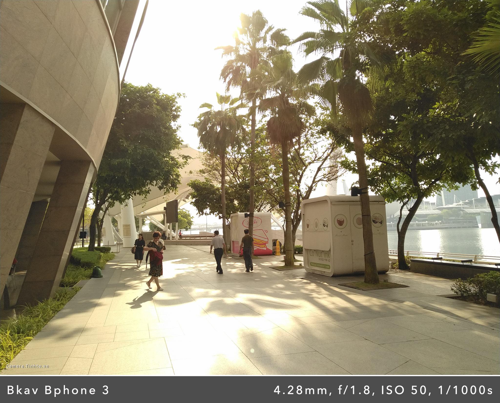Camera.Tinhte.vn_Bphone-3_IMG_20181026_085111.jpg