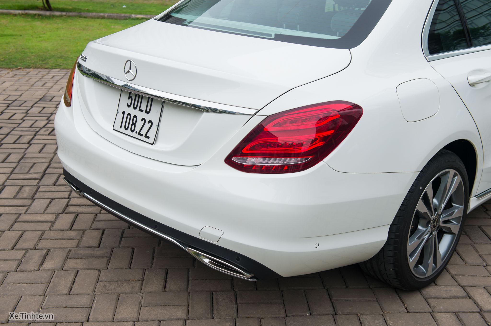 Mercedes_C250 Exclusive_Xe.tinhte.vn-7068.jpg
