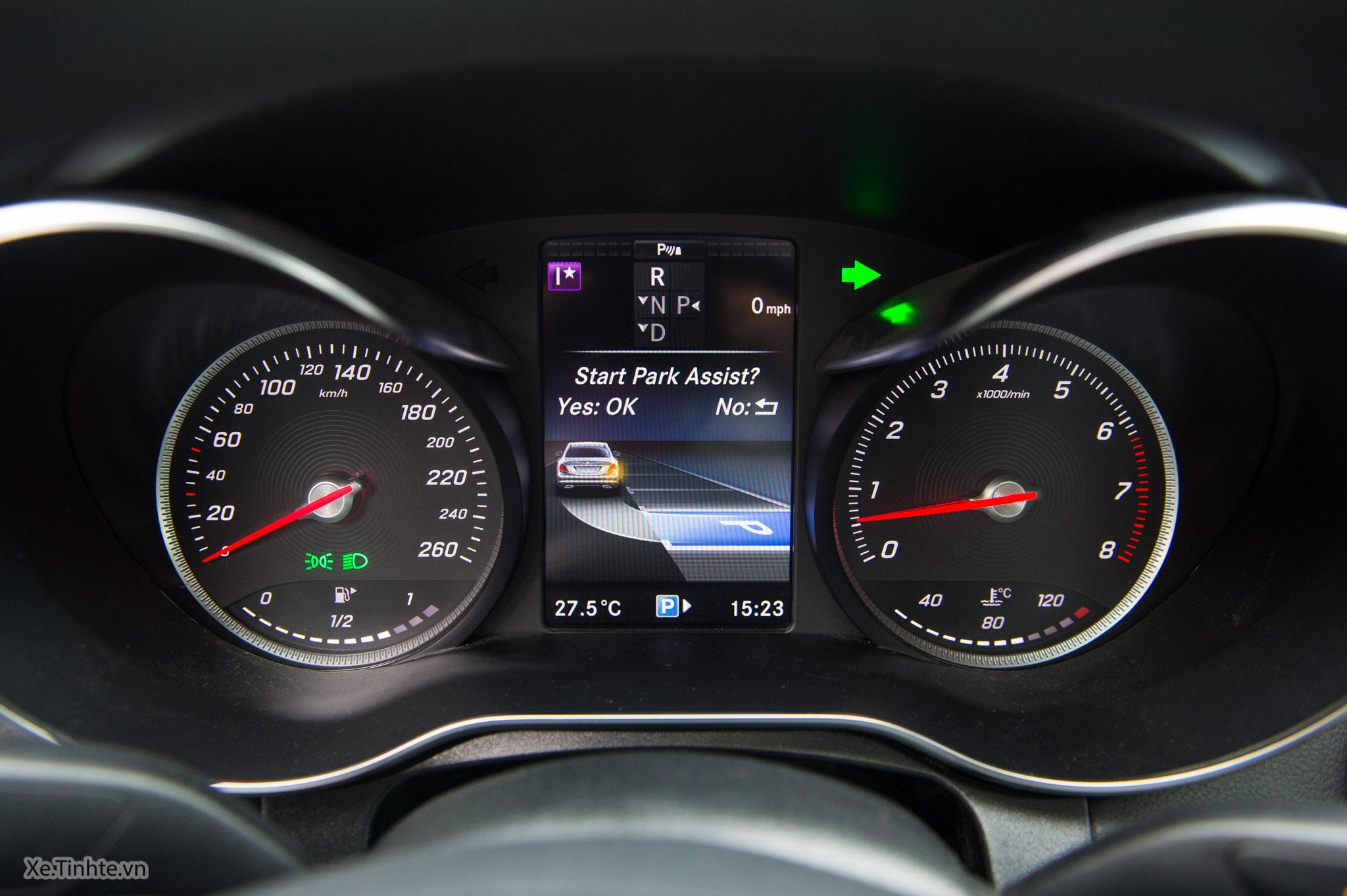 Mercedes_C250 Exclusive_Xe.tinhte.vn-7083.jpg