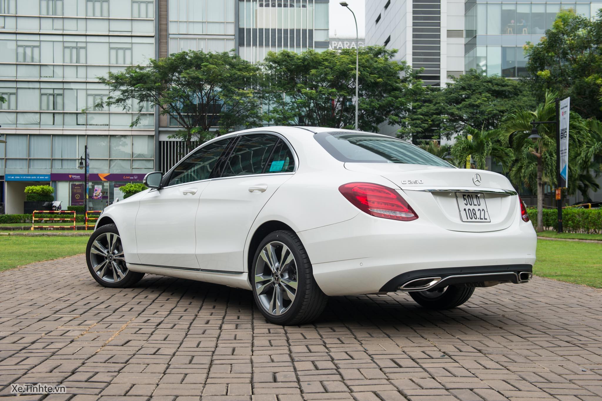 Mercedes_C250 Exclusive_Xe.tinhte.vn-7210.jpg