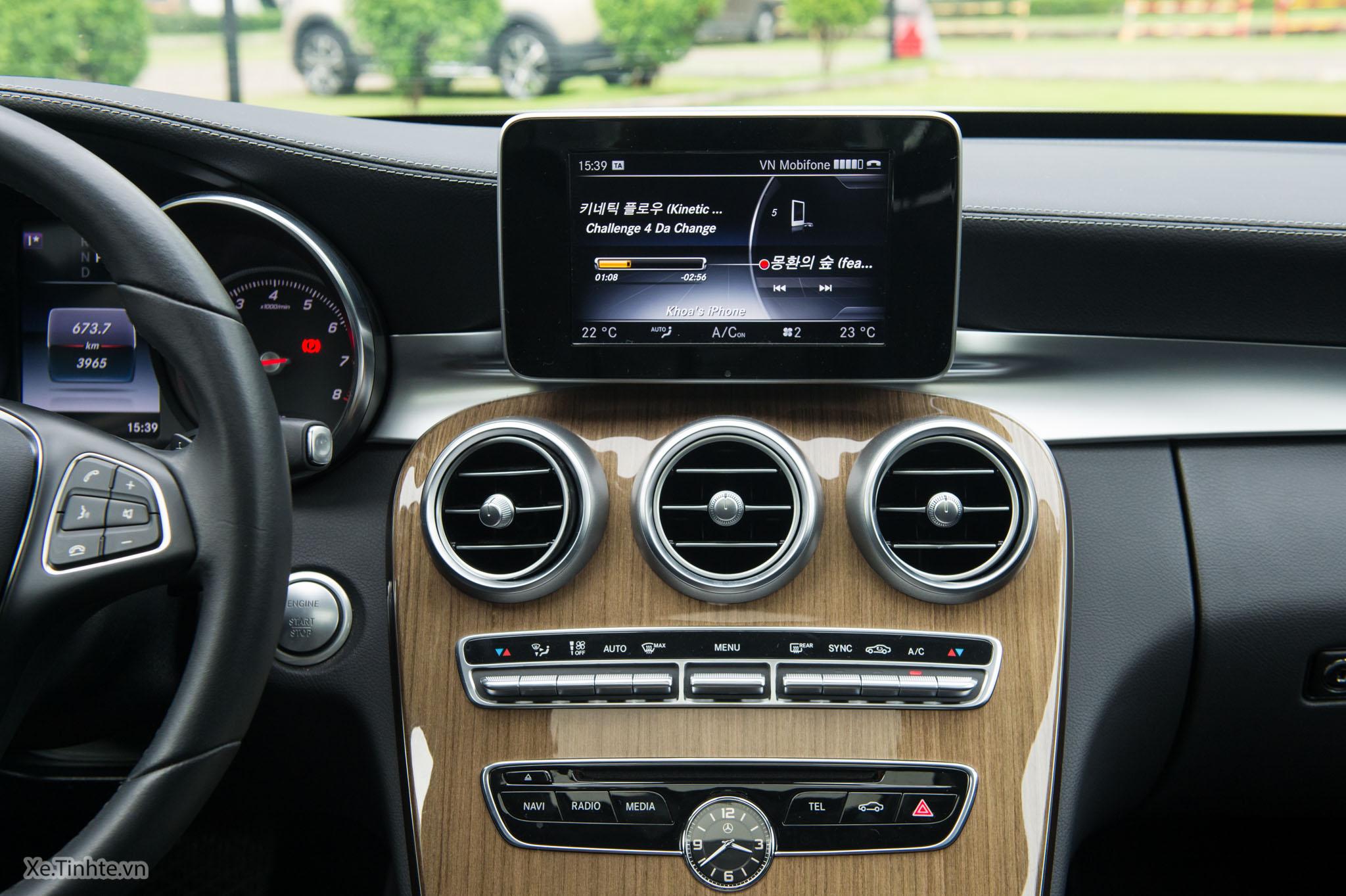 Mercedes_C250 Exclusive_Xe.tinhte.vn-7239.jpg