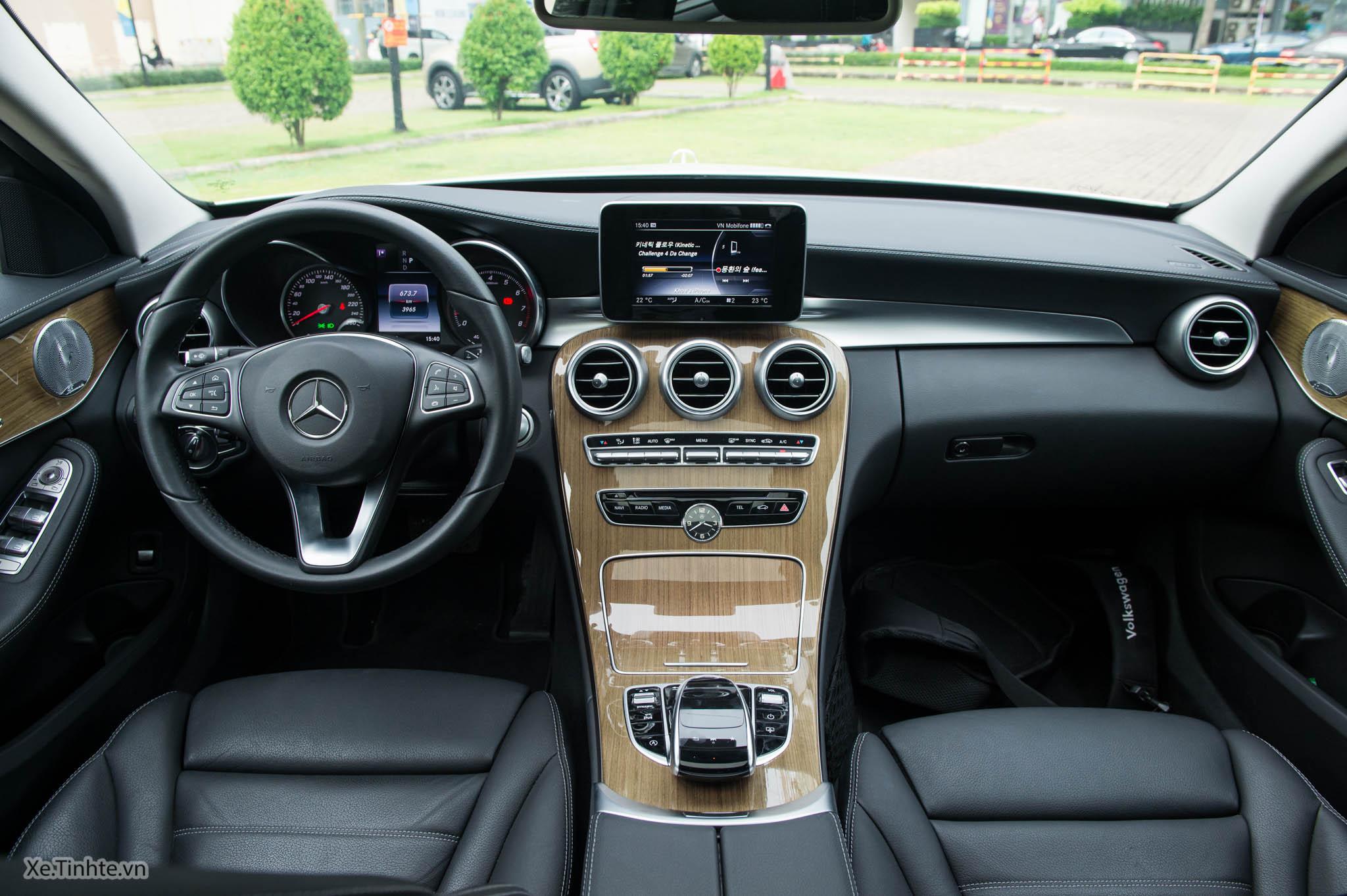 Mercedes_C250 Exclusive_Xe.tinhte.vn-7244.jpg