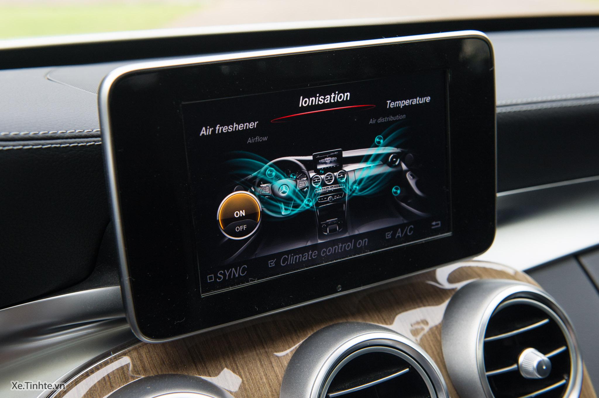 Mercedes_C250 Exclusive_Xe.tinhte.vn-7267.jpg