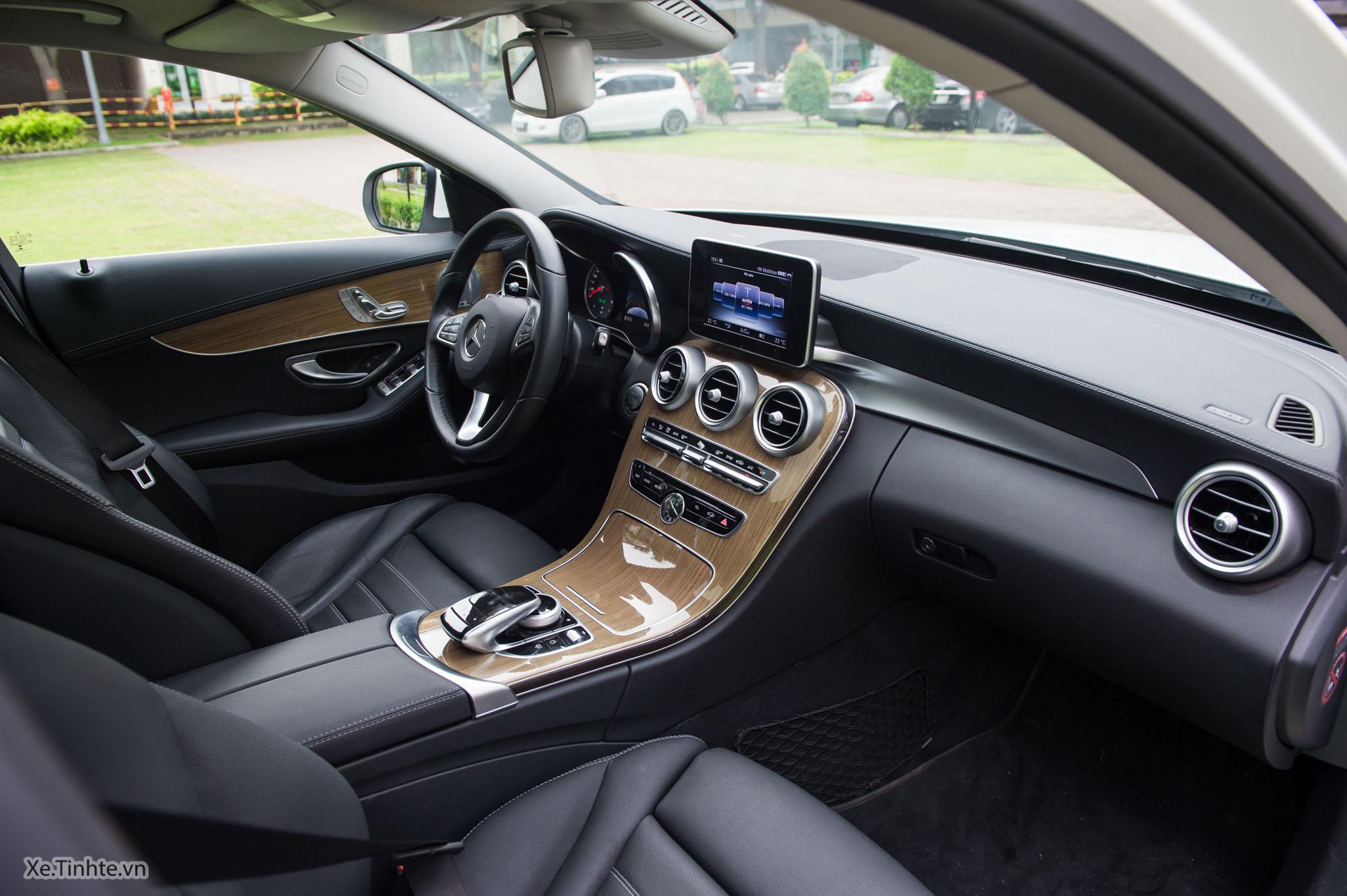 Mercedes_C250 Exclusive_Xe.tinhte.vn-7286.jpg