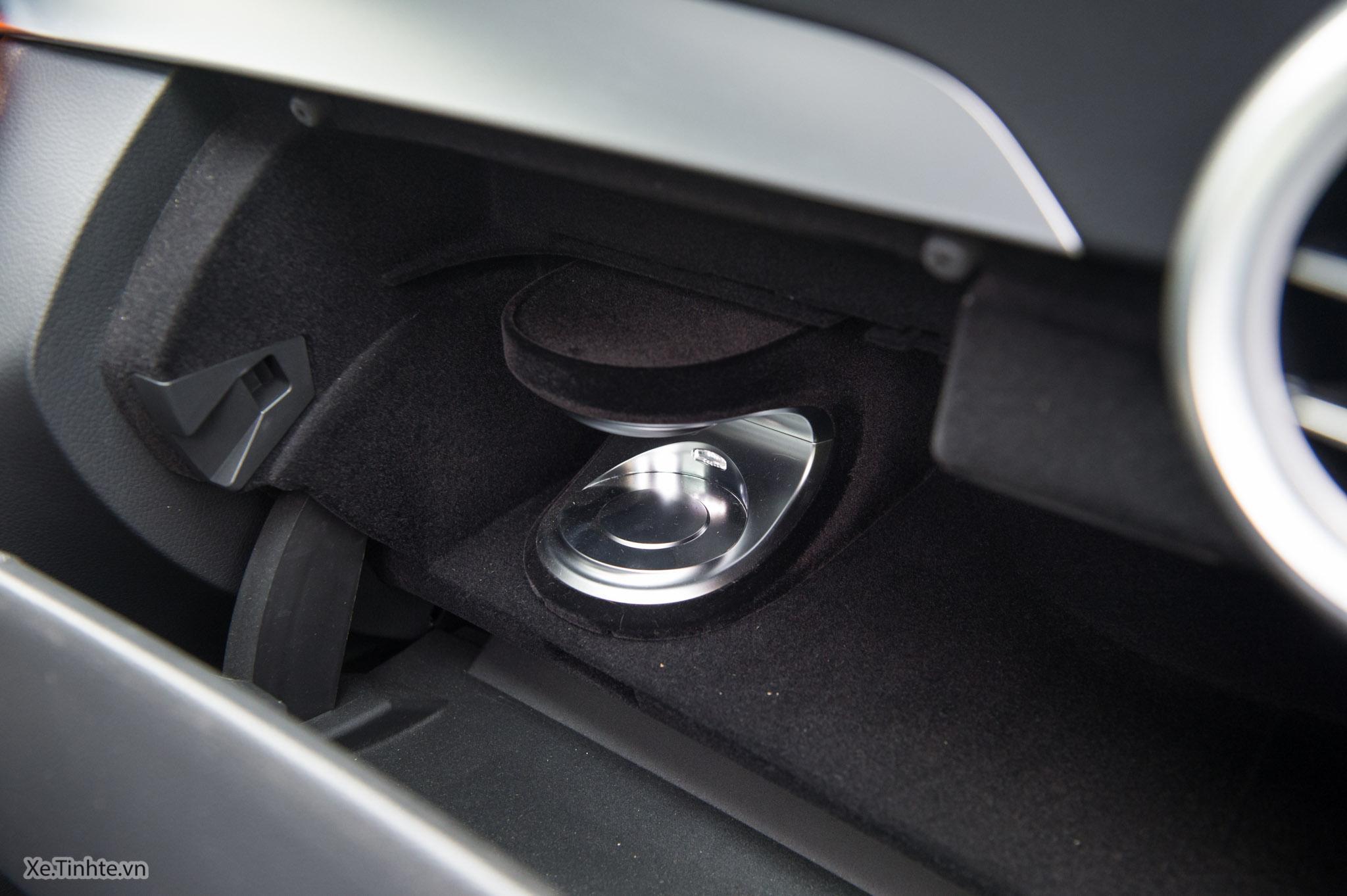 Mercedes_C250 Exclusive_Xe.tinhte.vn-7288.jpg