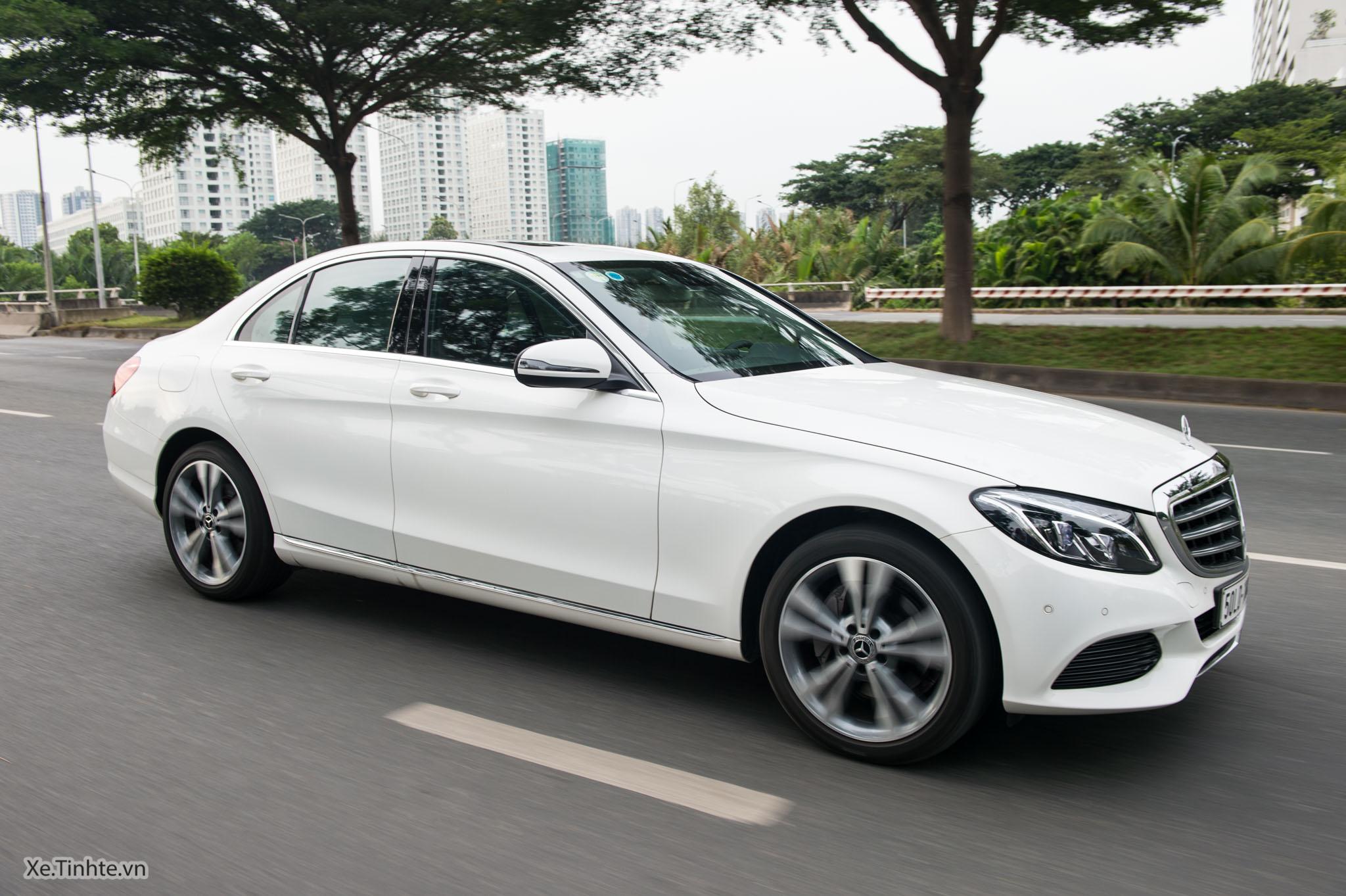 Mercedes_C250 Exclusive_Xe.tinhte.vn-7426.jpg