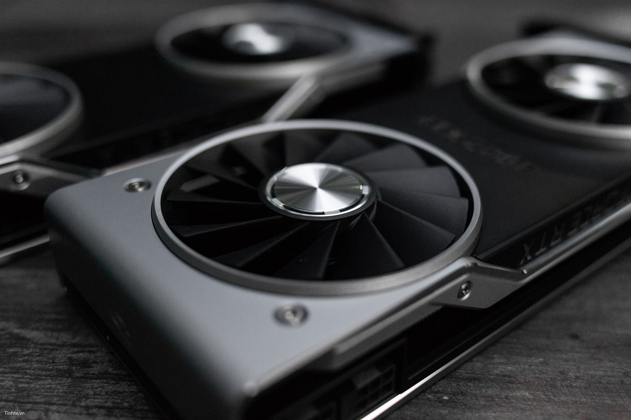 Tinhte.vn_GeForceRTX20-16.jpg