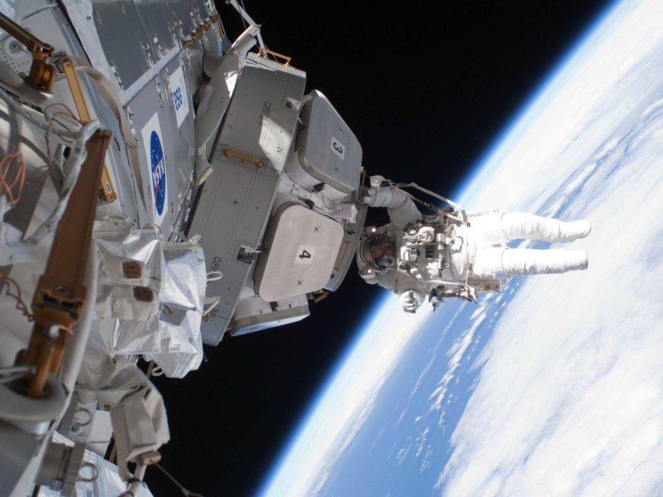 ISS-2.jpg