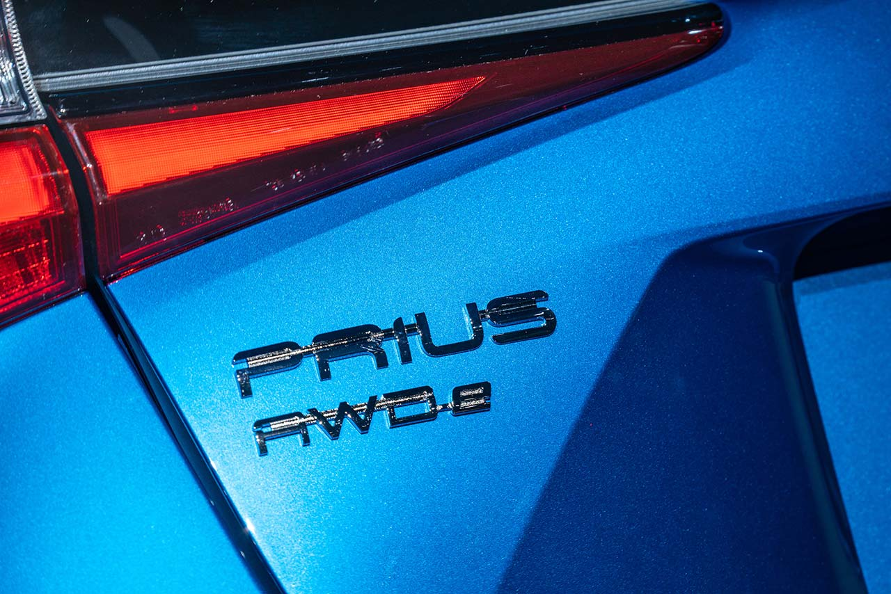 Toyota_Prius_2019_tinhte_2.jpg