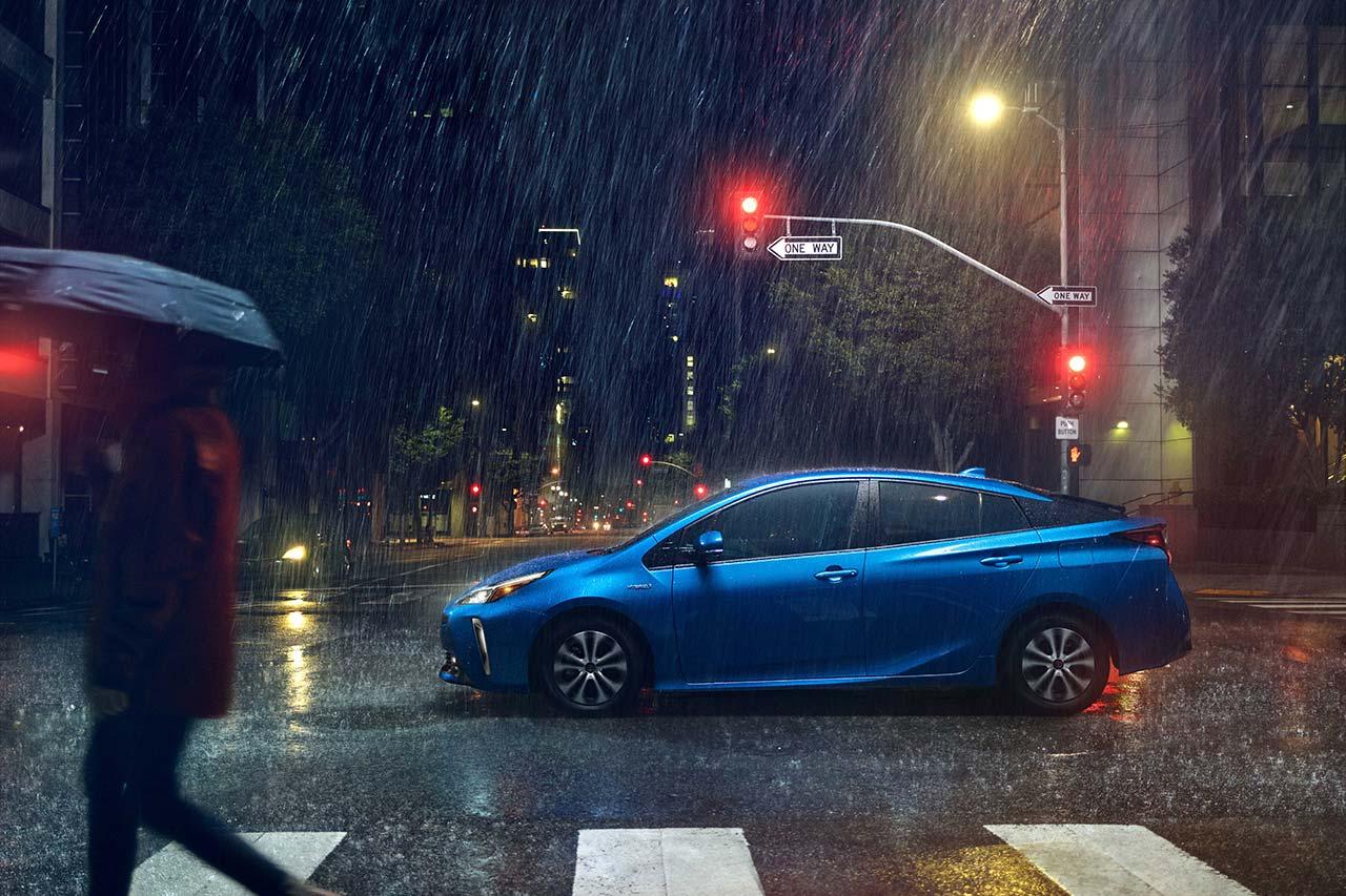 Toyota_Prius_2019_tinhte_7.jpg