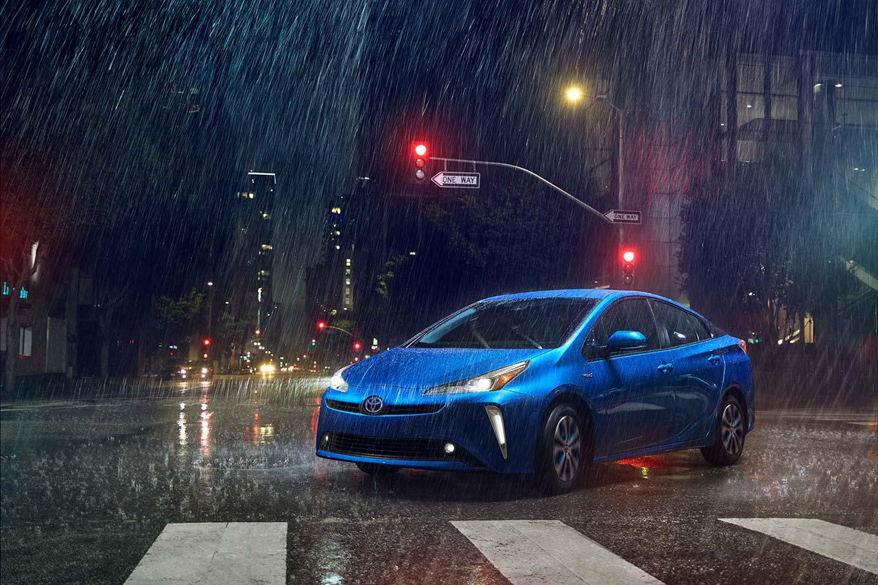 Toyota_Prius_2019_tinhte_8.jpg